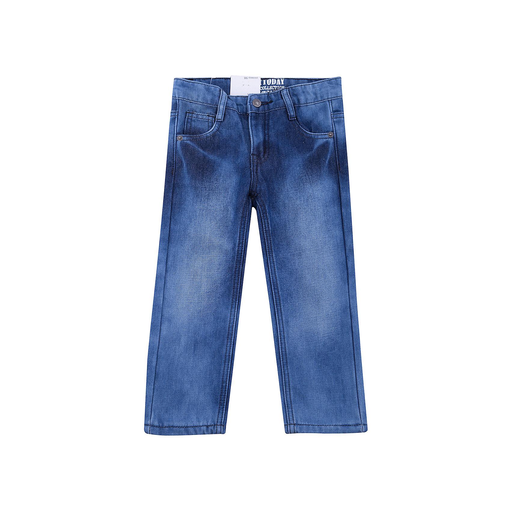 Джинсы PlayToday для мальчикаДжинсы<br>Джинсы PlayToday для мальчика<br>Брюки джинсы из смесовой ткани. Добавление в материал эластана позволяет изделию хорошо сесть по фигуре. В качестве декора использованы потертости. Модель со шлевками, при необходимости можно использовать ремень.<br>Состав:<br>50% хлопок, 50% полиэстер<br><br>Ширина мм: 215<br>Глубина мм: 88<br>Высота мм: 191<br>Вес г: 336<br>Цвет: синий<br>Возраст от месяцев: 84<br>Возраст до месяцев: 96<br>Пол: Мужской<br>Возраст: Детский<br>Размер: 128,98,104,110,116,122<br>SKU: 7110688