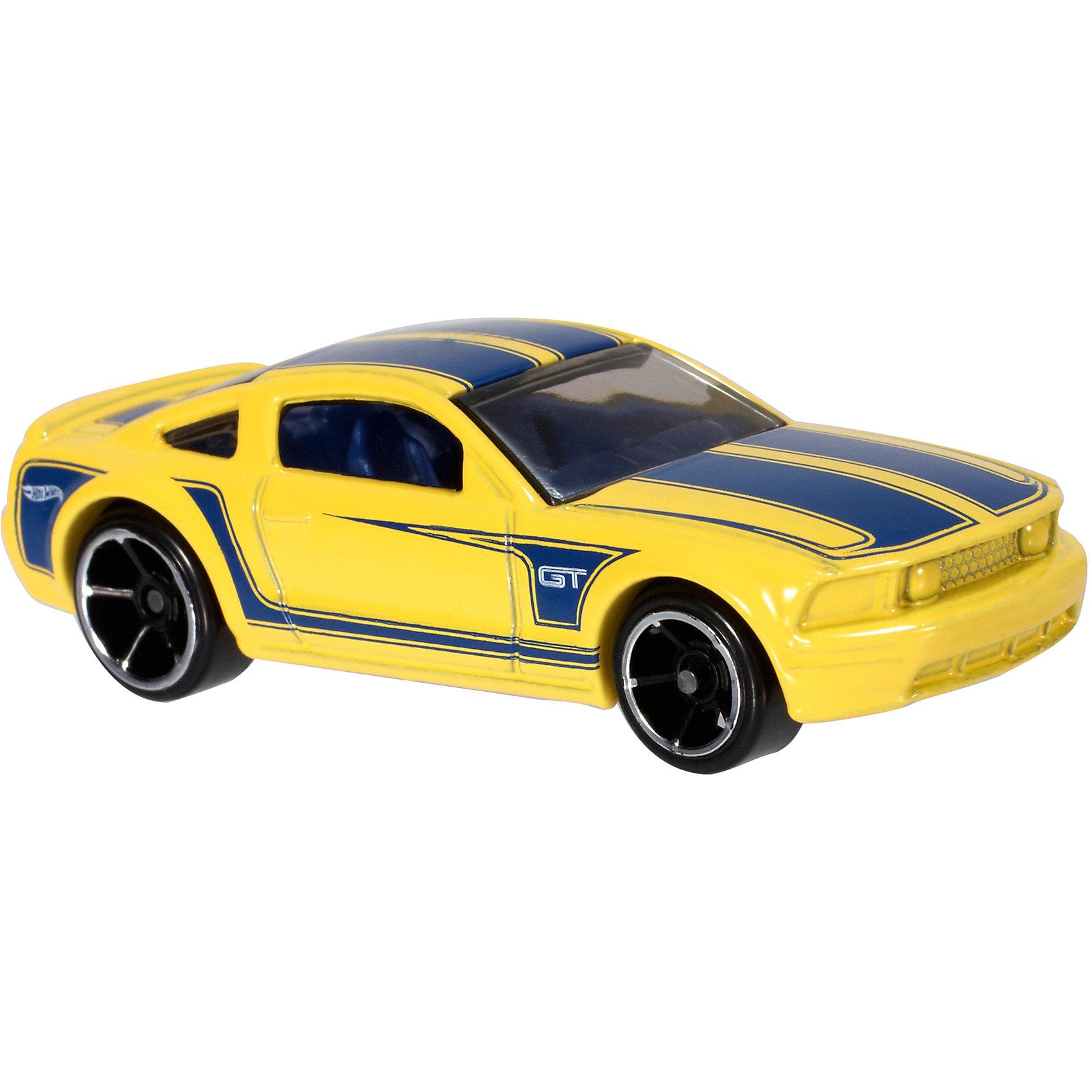 Базовая машинка Hot Wheels, 2005 Ford Mustang GTМашинки<br><br><br>Ширина мм: 110<br>Глубина мм: 45<br>Высота мм: 110<br>Вес г: 30<br>Возраст от месяцев: 36<br>Возраст до месяцев: 96<br>Пол: Мужской<br>Возраст: Детский<br>SKU: 7111913