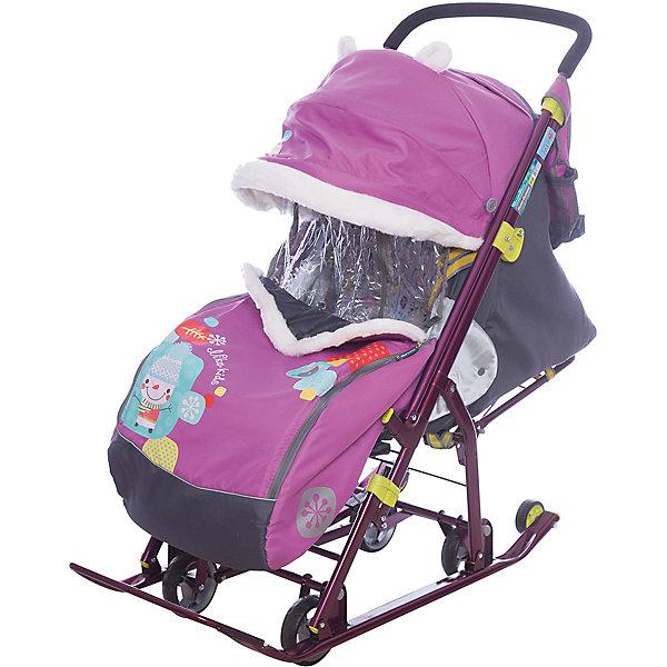 Санки-коляска Ника детям  7-2 (2017), Коллаж-снеговик, орхидеяС 4 колесиками<br>Санки-коляска Ника детям  7-2 (2017), Коллаж-снеговик, орхидея<br><br>Коляска комбинированная с трансформируемым кузовом позволяет передвигаться по любой дороге. Нажатием ноги на педаль опускаются колеса, и вы можете везти коляску по асфальту или по гладкому полу. Еще одно нажатие — коляска трансформируется в санки и снова скользить по снегу! Крыша, чехол для ножек и ушки на крыше отделаны мехом, на ручку коляски надеваются меховые рукавички для мамы. Яркие детские рисунки на чехле для ног с двумя молниями.<br><br>• механизм смены полозьев на колеса<br>• плоские полозья 40 мм с большими обрезиненными колесами<br>• пятиточечный ремень безопасности<br>• складной высокий трехсекционный козырек с декоративными ушками<br>• спинка регулируется до положения лежа<br>• подножка с регулируемым наклоном ног, позволяющая ребенку в положении лежа комфортно вытягивать ножки<br>• перекидная ручка<br>• чехол для ног с 2-мя молниями для удобного открывания с двух сторон<br>• широкое посадочное место 385 мм<br>• ширина полозьев 445 мм<br>• ширина колесной базы 280 мм<br>• высота санок на полозьях 1000 мм<br>• высота санок на колесах 1060 мм<br>• смотровое окошко для наблюдения за ребенком<br>• светоотражающий кант<br>• удобная, вместительная сумка с кармашками для полезных мелочей<br>• меховые рукавички для мамы<br>• размер в сложенном положении 1105х445х280 мм<br>• вес изделия 10,3 кг<br><br><br>В моделях 2017 года:<br>• новый дизайн сумки с кармашками для полезных мелочей<br>• съемный прозрачный тент от ветра и дождя с двумя молниями, крепится к чехлу коляски на пуговицу для исключения продувания<br>• возможность крепления тента на козырьке коляски с помощью пуговицы для удобства доступа к ребенку<br>• цветной каркас изделия<br>• цветной пластик<br><br>Санки-коляска Ника детям  7-2 (2017), Коллаж-снеговик, орхидея, можно купить в нашем интернет-магазине.<br>Ширина мм: 1150; Глубина мм: 470; Высота мм: 4