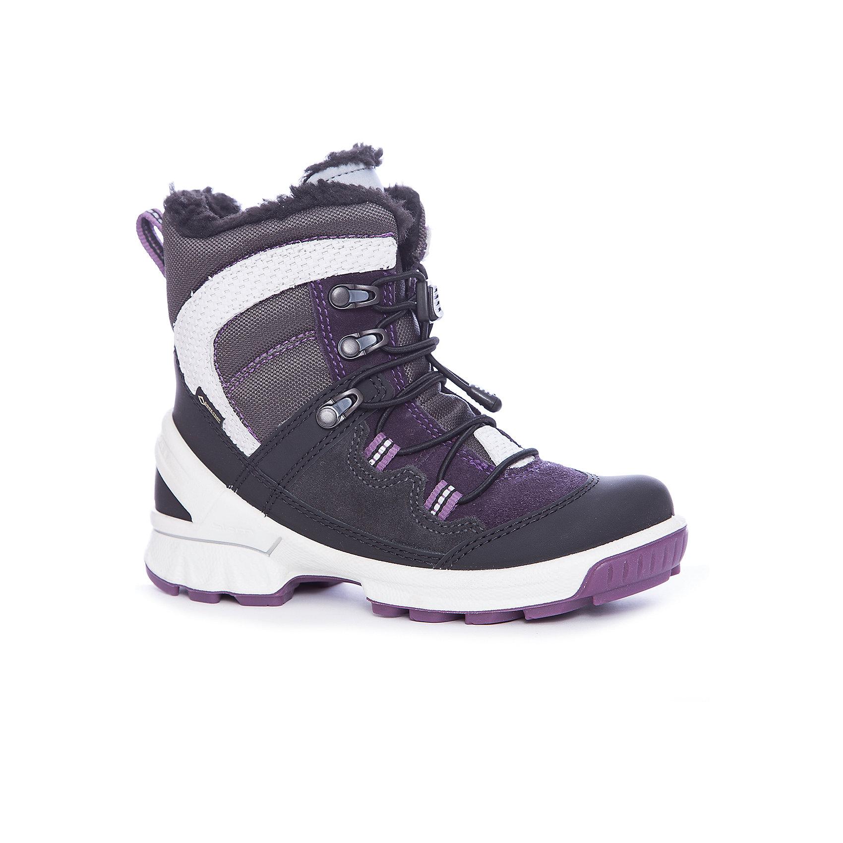Ботинки ECCO для девочкиБотинки<br>Ботинки ECCO<br>Эта замечательная зимняя модель имеет оригинальный дизайн и яркую расцветку. 100% защита от воды и воздухопроницаемость благодаря мембране GORE-TEX®. Утепленная подкладка сохранит ноги вашего ребенка в тепле. Мягкая, теплая стелька обеспечивает оптимальный комфорт. Прочная подошва с добавлением резины обеспечивает идеальное сцепление с любой поверхностью. Светоотражающие элементы для дополнительной защиты.<br>Состав:<br>Материал верха: кожа/замша/текстиль(нейлон)<br>Материал подкладки: 60% Акрил 40% Полиэстер<br>Материал стельки: термостелька(100%п/э/50%п/э,50<br><br>Ширина мм: 262<br>Глубина мм: 176<br>Высота мм: 97<br>Вес г: 427<br>Цвет: черный<br>Возраст от месяцев: 72<br>Возраст до месяцев: 84<br>Пол: Женский<br>Возраст: Детский<br>Размер: 30,35,31,32,33,34<br>SKU: 7129734