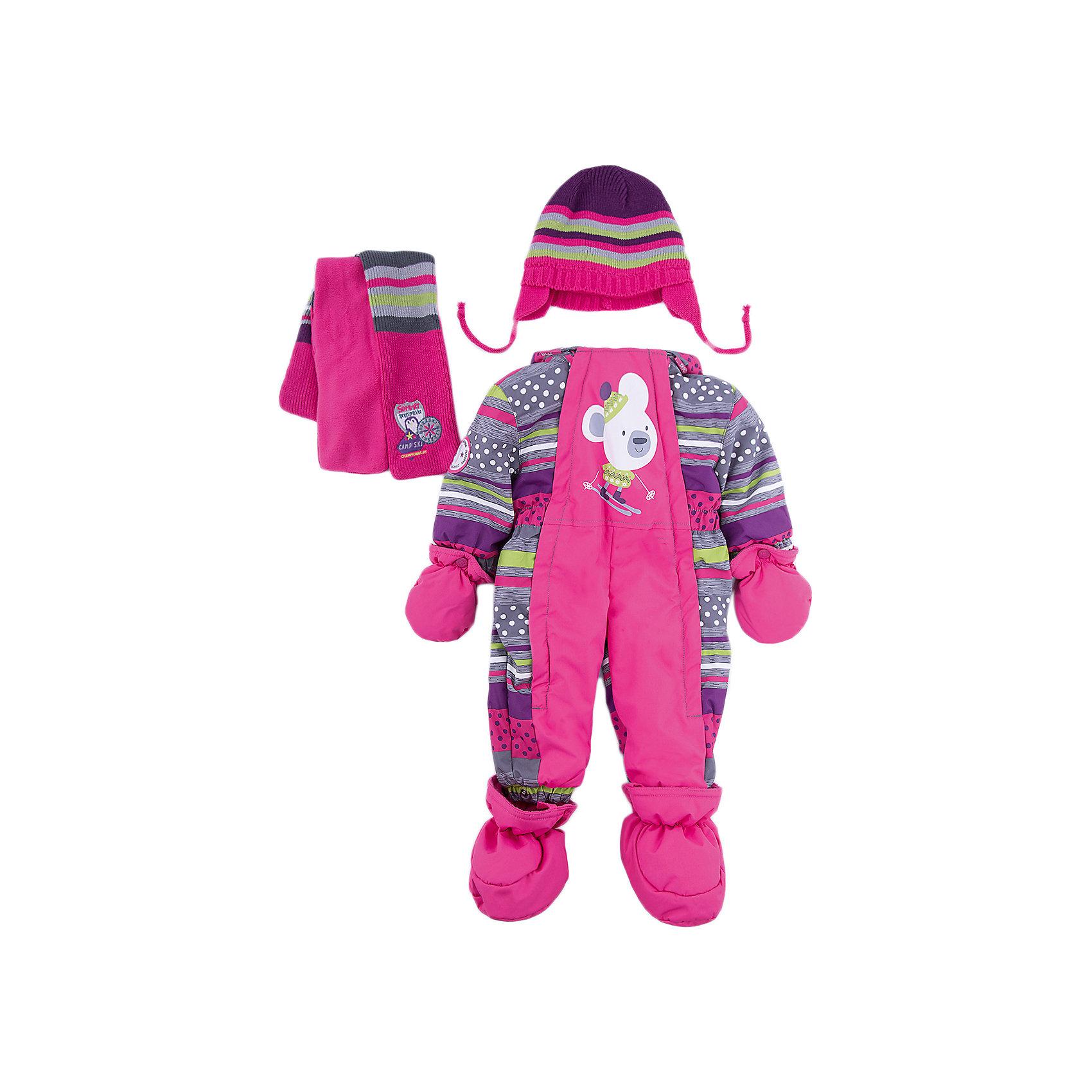 Комбинезон BLIZZ для девочкиВерхняя одежда<br>Характеристики товара:<br><br>• цвет: лиловый<br>• комплектация: комбинезон, варежки, пинетки, шарф, шапка<br>• состав ткани: полиэстер<br>• подкладка: флис <br>• утеплитель: тек-полифилл<br>• сезон: зима<br>• мембранное покрытие<br>• температурный режим: от -40 до 0<br>• водонепроницаемость: 5000 мм <br>• паропроницаемость: 5000 г/м2<br>• плотность утеплителя: 220 г/м2<br>• пинетки и рукавицы: съемные<br>• капюшон: несъемный, с мехом<br>• застежка: молния<br>• страна бренда: Канада<br>• страна изготовитель: Китай<br><br>Зимний комбинезон для ребенка укомплектован стильными варежками, пинетками, шарфом и шапкой. Верх детского комбинезона также обеспечит защиту от грязи, влаги и ветра. Подкладка детского комбинезона для зимы приятная на ощупь. Практичный мембранный комбинезон Blizz для девочки сделан легкого, но теплого материала. <br><br>Комбинезон Blizz (Близ) для девочки можно купить в нашем интернет-магазине.<br><br>Ширина мм: 356<br>Глубина мм: 10<br>Высота мм: 245<br>Вес г: 519<br>Цвет: лиловый<br>Возраст от месяцев: 12<br>Возраст до месяцев: 15<br>Пол: Женский<br>Возраст: Детский<br>Размер: 80,92,86<br>SKU: 7131307
