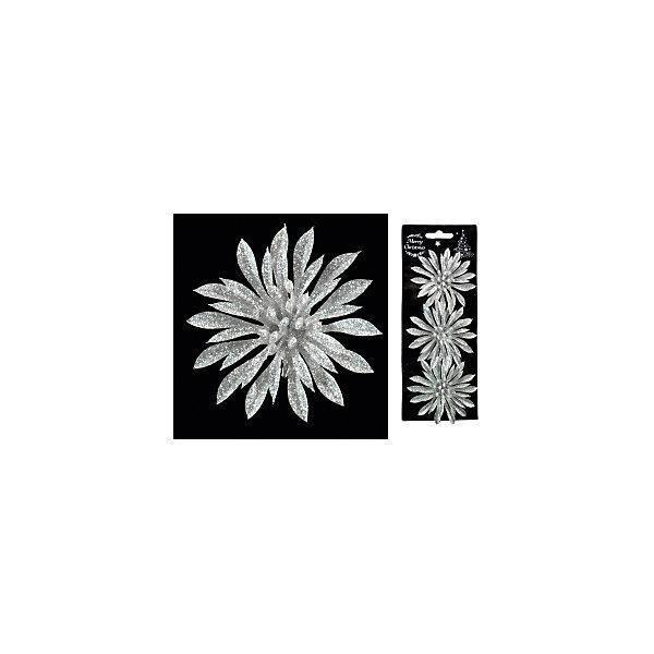 Набор украшений на елку ErichKrause Новогодний цветок на клипе, 9 см 3 штуки (серебряный)Ёлочные игрушки<br>Характеристики:<br><br>• в наборе: 3 украшения<br>• диаметр: 9 см.<br>• материал: пластик<br>• упаковка: картонная подложка с европодвесом размещенная внутри полибэга<br>• вес: 30 гр.<br><br>Набор состоит из трех серебряных цветков, выполненных из пластика. При помощи аккуратного металлического клипа украшения можно разместить на елке или использовать их в оформлении интерьера.<br><br>Новогодние украшения приносят в дом волшебство и ощущение праздника. Создайте в своем доме атмосферу веселья и радости, украшая всей семьей новогоднюю елку нарядными игрушками, которые будут из года в год накапливать теплоту воспоминаний.<br><br>Набор 3 украшения НОВОГОДНИЙ ЦВЕТОК  на клипе 9см можно купить в нашем интернет-магазине.<br><br>Ширина мм: 90<br>Глубина мм: 30<br>Высота мм: 220<br>Вес г: 30<br>Возраст от месяцев: -2147483648<br>Возраст до месяцев: 2147483647<br>Пол: Унисекс<br>Возраст: Детский<br>SKU: 7132458