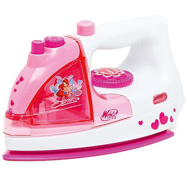 Утюг Играем вместе Winx со светом и звукомИгрушечная бытовая техника<br>Очаровательный утюг с изображением героев любимого мультфильма Winx. Эта замечательная игрушка - отличный способ научить девочку с самого детства быть настоящей хозяюшкой в доме. С таким нужным предметом ваша дочь может смело помогать вам по хозяйству в доме. Во время работы, утюг издает реалистичные звуки, а также, загорается огонек в его передней части.<br><br>Ширина мм: 210<br>Глубина мм: 100<br>Высота мм: 120<br>Вес г: 450<br>Возраст от месяцев: 36<br>Возраст до месяцев: 84<br>Пол: Женский<br>Возраст: Детский<br>SKU: 7134875