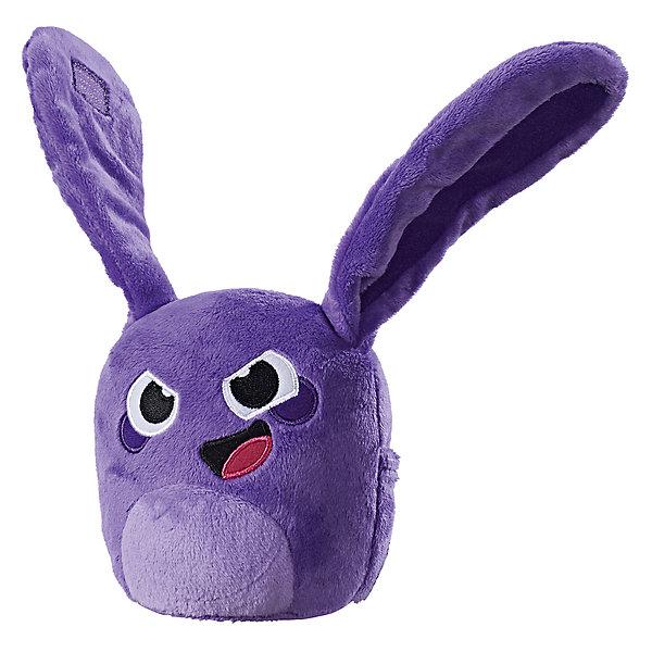 Мягкая игрушка Hasbro Hanazuki, фиолетовый хемкаМягкие игрушки из мультфильмов<br>Характеристики:<br><br>• тип игрушки: фигурки;<br>• возраст: от 4 лет;<br>• вес: 91 гр; <br>• материал: плюш, текстиль, пластик;<br>• цвет: фиолетовый;<br>• размер: 9,5х17,8х12,7 см;<br>• бренд: Hasbro.<br><br>Плюшевые игрушки «Хемка»,  Hasbro, Hanazuki - удивительная новинка от Hasbro, выполненная по мотивам популярного мультсериала Hanazuki. <br><br>Данный плюшевый герой Hanazuki Basic Plush называется в мультфильме смешным словом «Хемка». Каждое из этих существ олицетворяет собой какое-либо настроение, связанное с определенной эмоцией. Хемки бывают разных цветов, имеют свои характеры и по-разному относятся к главной героине.<br><br>Мягкая игрушка, воплощающая мультгероя, имеет несколько привлекательных особенностей, среди которых главная - кармашек для сокровищ. В нем можно хранить эти специальные аксессуары разного цвета, а потом при необходимости доставать и использовать их в играх или других игрушках из серии Hanazuki. <br><br>Другой особенностью Hanazuki Basic Plush является возможность прикреплять героев к руке, как браслет, или, к примеру, к рюкзаку, используя липучки на ушках игрушечных персонажей.<br><br>Плюшевые игрушки «Хемка»,  Hasbro, Hanazuki можно купить в нашем интернет-магазине.<br>Ширина мм: 95; Глубина мм: 178; Высота мм: 127; Вес г: 91; Возраст от месяцев: 48; Возраст до месяцев: 2147483647; Пол: Женский; Возраст: Детский; SKU: 7137761;