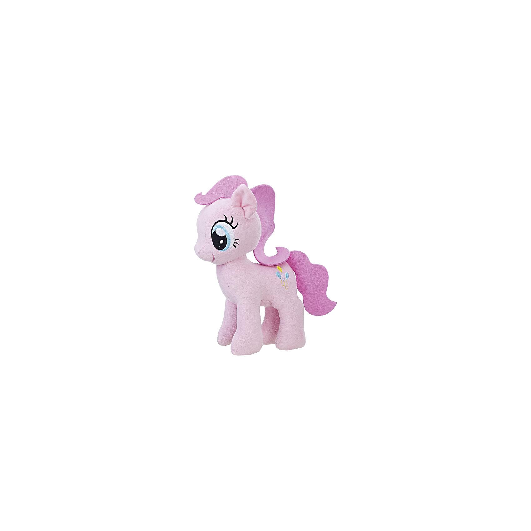 Мягкая игрушка Hasbro My little Pony Плюшевые пони, Пинки ПайМягкие игрушки из мультфильмов<br><br><br>Ширина мм: 80<br>Глубина мм: 160<br>Высота мм: 240<br>Вес г: 186<br>Возраст от месяцев: 36<br>Возраст до месяцев: 2147483647<br>Пол: Женский<br>Возраст: Детский<br>SKU: 7137778
