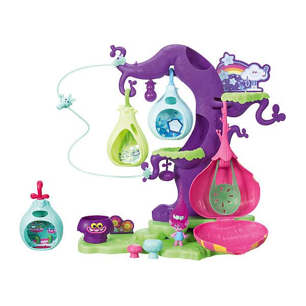 Игровой набор Hasbro Trolls, Волшебное дерево троллейФигурки из мультфильмов<br>Характеристики:<br><br>• тип игрушки: фигурка;<br>• возраст: от 4 лет;<br>• вес: 1,7 кг; <br>• комплектация: 2 фигурки, 4 стручка, 3 гриба, аксессуары;<br>• материал: пластик;<br>• упаковка: картонная коробка блистерного типа;<br>• размер: 10,8х45,7х38,1 см;<br>• бренд: Hasbro.<br><br>Волшебное Дерево Троллей, Hasbro, Trolls  привлечет внимание многих девочек. Данный игровой набор создан по мотиву сюжета увлекательного мультфильма. Девочка найдет волшебное дерево, являющееся домой с подвесными жилищами для многих сказочных героев, на его веточках имеются комфортные гамаки, где очаровательные тролли могут спать. <br><br>Домики могут раскачиваться, убаюкивая милых персонажей.<br>Каждая девочка сможет увлекательно провести время, придумав чудесные сюжетные линии, где фигурки героев будут выступать в главной роли.<br><br>Волшебное Дерево Троллей, Hasbro, Trolls можно купить в нашем интернет-магазине.<br>Ширина мм: 108; Глубина мм: 457; Высота мм: 381; Вес г: 1720; Возраст от месяцев: 48; Возраст до месяцев: 2147483647; Пол: Женский; Возраст: Детский; SKU: 7137782;