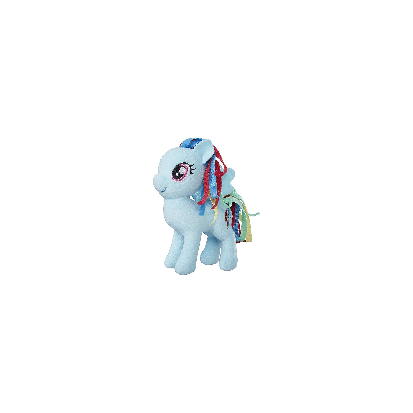 Мягкая игрушка Hasbro My little Pony Маленькие плюшевые пони, Рэйнбоу Дэш 13 смМягкие игрушки из мультфильмов<br><br><br>Ширина мм: 102<br>Глубина мм: 102<br>Высота мм: 127<br>Вес г: 39<br>Возраст от месяцев: 36<br>Возраст до месяцев: 2147483647<br>Пол: Женский<br>Возраст: Детский<br>SKU: 7140848
