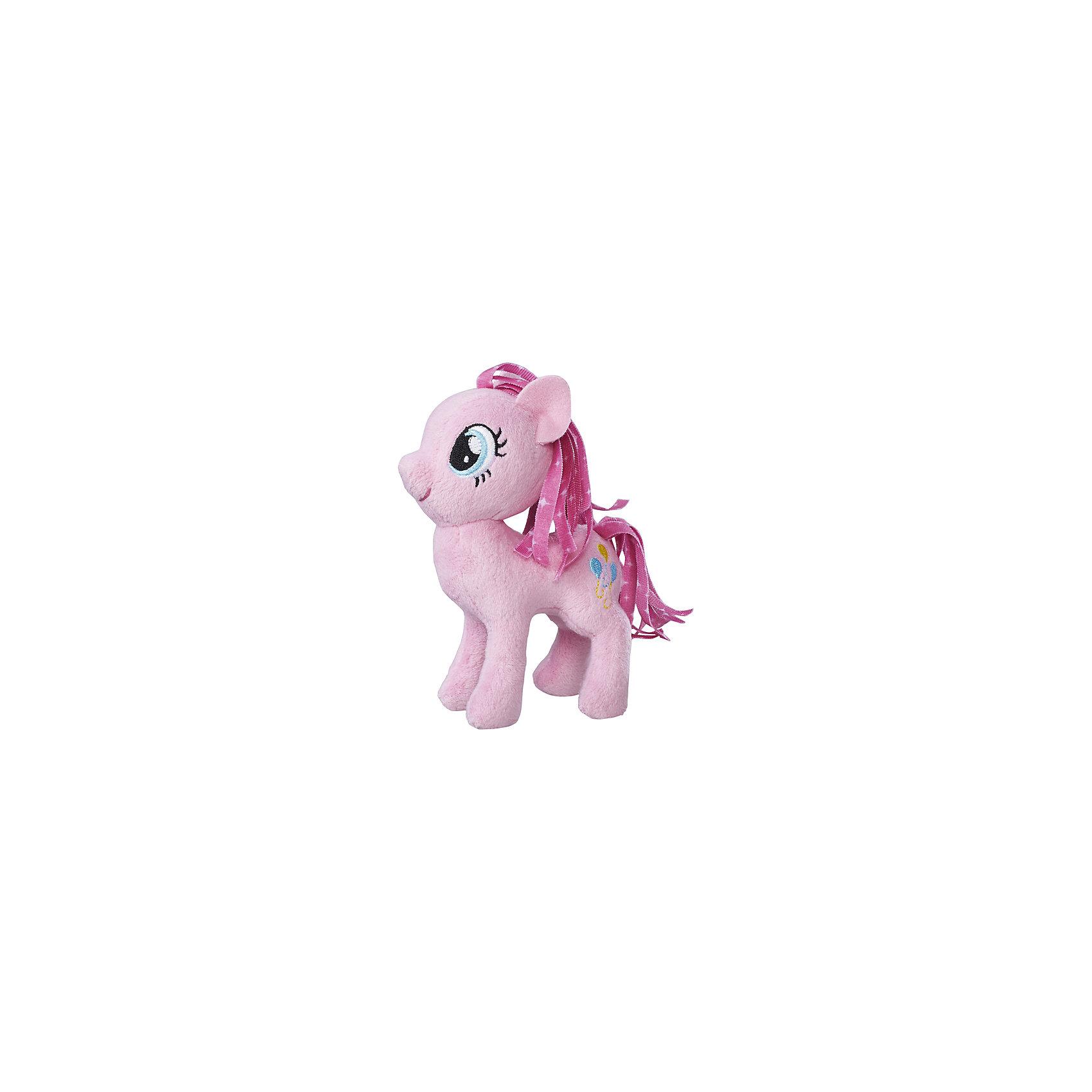 Мягкая игрушка Hasbro My little Pony Маленькие плюшевые пони, Пинки Пай 13 смЛюбимые герои<br><br><br>Ширина мм: 102<br>Глубина мм: 102<br>Высота мм: 127<br>Вес г: 39<br>Возраст от месяцев: 36<br>Возраст до месяцев: 2147483647<br>Пол: Женский<br>Возраст: Детский<br>SKU: 7140849