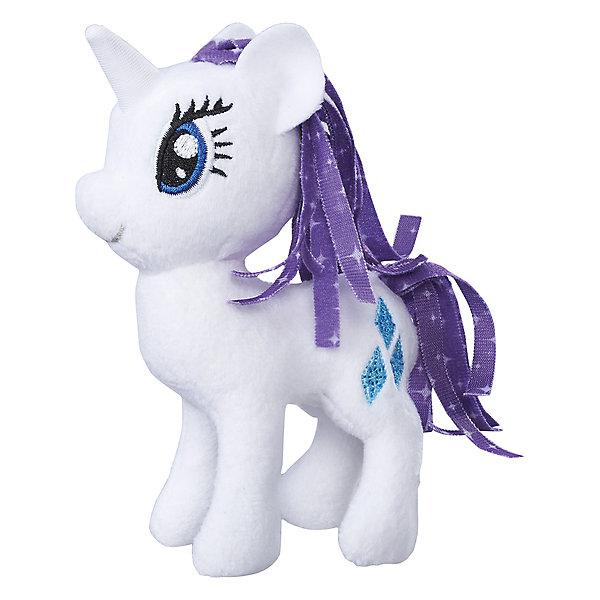 Мягкая игрушка Hasbro My little Pony Маленькие плюшевые пони, Рарити 13 смМягкие игрушки из мультфильмов<br>Характеристики товара:<br><br>• возраст: от 3 лет;<br>• материал: плюш;<br>• размер упаковки: 9х21х31 см;<br>• вес: 260 гр;<br>•высота игрушки: 30 см;<br>•страна бренда: США;<br>• бренд: Hasbro.<br><br>Новая серия плюшевых игрушек от My Little Pony понравится каждой любительнице одноименного мультипликационного фильма. Плюшевая пони из этой серии Рарити готова разделить все игровые идеи девочек.<br><br>Рарити - это нежная белая пони с пышной фиолетовой гривой. Игрушка детально повторяет свой мультипликационный прототип. У нее большие синие глазки и олицетворяющий её значок с изображением страз на бедре. <br><br>У игрушки подвижные конечности, что позволяет воплощать различные идеи ребенка в жизнь. Изделие выполнено из высококачественных материалов в яркой цветовой гамме с возможностью машинной стирки.<br><br>Игрушку «Маленькие плюшевые пони My Little Pony» Рарити можно купить в нашем интернет-магазине.<br>Ширина мм: 102; Глубина мм: 102; Высота мм: 127; Вес г: 39; Возраст от месяцев: 36; Возраст до месяцев: 2147483647; Пол: Женский; Возраст: Детский; SKU: 7140850;