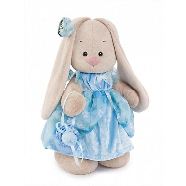 Мягкая игрушка Budi Basa Зайка Ми Энни, 25 смМягкие игрушки зайцы и кролики<br>Характеристики товара:<br><br>• возраст: от 3 лет;<br>• материал: текстиль, искусственный мех;<br>• высота игрушки: 25 см;<br>• размер упаковки: 31х17х13 см;<br>• вес упаковки: 483 гр.;<br>• страна производитель: Россия.<br><br>Мягкая игрушка «Зайка Ми Энни» Budi Basa — очаровательный пушистый зайчонок с длинными ушками. Зайка Ми одета в нежное голубое платье с бантиком и юбкой из органзы. На ушке голубой бутон, а в лапках она держит сумочку. Игрушка выполнена из качественного безопасного материала, настолько приятного и мягкого, что ребенок будет брать с собой зайку в кроватку и спать в обнимку.<br><br>Мягкую игрушку «Зайка Ми Энни» Budi Basa можно приобрести в нашем интернет-магазине.<br><br>Ширина мм: 31<br>Глубина мм: 17<br>Высота мм: 13<br>Вес г: 483<br>Возраст от месяцев: 36<br>Возраст до месяцев: 84<br>Пол: Женский<br>Возраст: Детский<br>SKU: 7143478