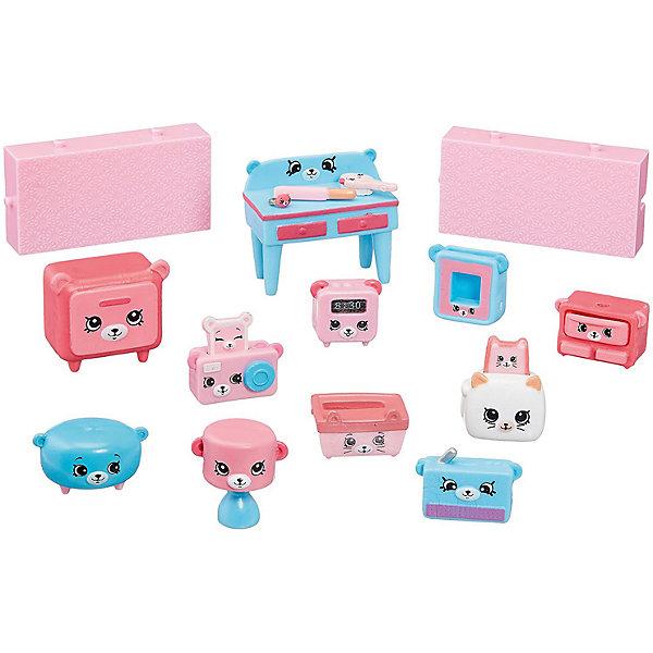 Игровой набор Moose Shopkins Счастливые места Мишки для спальниИгровые наборы с фигурками<br>Характеристики товара:<br><br>• возраст: от 5 лет;<br>• количество фигурок:  15 шт;<br>• материал: пластик;<br>• упаковка: коробка блистерного типа;<br>• размер упаковки: 20х27,5х4 см.;<br>• вес: 230 гр.;<br>• наименование бренда, страна бренда: Moose (Мус), Австалия;<br>• страна изготовитель: Китай.<br><br>Набор для декора «Мишки для спальни» Happy Places - комплект включает в себя фигурки из серии Petkins и строительные блоки, которые являются одними из деталей дома,  красочный каталог и волшебная коробочка с сюрпризом (3 секретные фигурки дополнительно).<br><br>С помощью данного комплекта малышка сможет обустроить комнату для сна любимых куколок, для этого в наборе есть все необходимое.<br><br>Из маленьких пластиковых фигурок Petkins можно собирать большую коллекцию и придумывать различные интересные сюжеты для игры с ними. Отличное решение для развлечения с ребенком во время досуга.<br><br>Набор для декора «Мишки для спальни» Happy Places,  Moose (Мус) можно купить в нашем интернет-магазине.<br><br>Ширина мм: 275<br>Глубина мм: 40<br>Высота мм: 200<br>Вес г: 230<br>Возраст от месяцев: 60<br>Возраст до месяцев: 2147483647<br>Пол: Женский<br>Возраст: Детский<br>SKU: 7143866