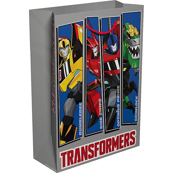 Подарочный пакет Росмэн TransformersДетские подарочные пакеты<br>Характеристики товара:<br><br>• возраст: от 3 лет<br>• материал: бумага.<br>• размер упаковки: 35х25x3 см.<br>• упаковка: пакет.<br>• Плотность бумаги: 128 г/м2.<br>• страна обладатель бренда: Россия.<br><br>Подарочный бумажный пакет «Трансформерых»  декорирован ярким привлекательным принтом с главными героями из мультфильма станет незаменимым дополнением к выбранному подарку.<br><br>Пакет выполнен с глянцевой ламинацией, что придает ему прочность, а изображению - яркость и насыщенность цветов. Для удобной переноски на пакете имеются две ручки из шнурков. <br><br>«Трансформеры» , можно купить в нашем интернет-магазине.<br><br>Ширина мм: 350<br>Глубина мм: 250<br>Высота мм: 3<br>Вес г: 62<br>Возраст от месяцев: 36<br>Возраст до месяцев: 144<br>Пол: Мужской<br>Возраст: Детский<br>SKU: 7175763