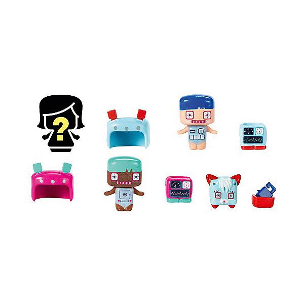 Набор из 3-х фигурок Mattel My Mini MixieQ's, РоботыИгровые наборы с фигурками<br>Характеристики товара:<br><br>• возраст: от 4 лет;<br>• материал: пластик;<br>• в комплекте: 3 фигурки, питомец, аксессуары;<br>• размер упаковки: 16,5х14х4 см;<br>• вес упаковки: 59 гр.;<br>• страна производитель: Китай.<br><br>Набор из 3-х фигурок My Mini MixieQ's Mattel включает в себя 3 фигурки забавных человечков. Их особенностью является возможно разбирать и собирать их, постоянно меняя и создавая им новый образ, меняя одежду или прически. Одна из фигурок спрятана в непрозрачном окошке упаковки, поэтому узнать, какой именно герой будет внутри можно только после ее открытия. Игрушки выполнены из качественных безопасных материалов.<br><br>Набор из 3-х фигурок My Mini MixieQ's Mattel можно приобрести в нашем интернет-магазине.<br>Ширина мм: 40; Глубина мм: 140; Высота мм: 165; Вес г: 59; Возраст от месяцев: 48; Возраст до месяцев: 120; Пол: Женский; Возраст: Детский; SKU: 7191213;