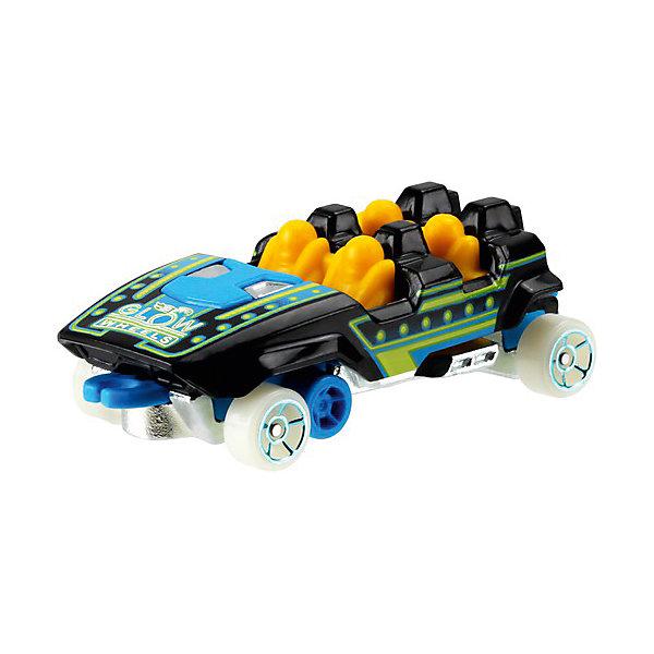 Машинка Hot Wheels из базовой коллекцииПопулярные игрушки<br>Характеристики:<br><br>• возраст: от 3 лет;<br>• материал: металл, пластмасса;<br>• вес упаковки: 30 гр.;<br>• размер упаковки: 11х4х11 см;<br>• тип упаковки: блистерный;<br>• страна бренда: США.<br><br>Машинка Hot Wheels от Mattel входит в группу моделей базовой коллекции. Миниатюры этой серии изображают реальные автомобили, спорткары, фургоны, мотоциклы в масштабе 1:64, а также модели с собственным оригинальным дизайном. Собрав свою линейку машинок, ребенок сможет устраивать заезды, гонки и меняться экземплярами с друзьями.<br><br>Монолитные элементы игрушки увеличивают ее прочность. Падение и столкновение с твердыми предметами во время игр не отражается на внешнем виде и ходе машинки. Кузов отчетливо детализирован, покрыт стойкими насыщенными красками. Колеса легко вращаются вокруг своей оси.<br><br>Игрушка выполнена из качественных материалов, сертифицированных по стандартам безопасности для использования детьми.<br><br>Машинку Hot Wheels из базовой коллекции можно купить в нашем интернет-магазине.<br>Ширина мм: 110; Глубина мм: 45; Высота мм: 110; Вес г: 30; Возраст от месяцев: 36; Возраст до месяцев: 96; Пол: Мужской; Возраст: Детский; SKU: 7191266;