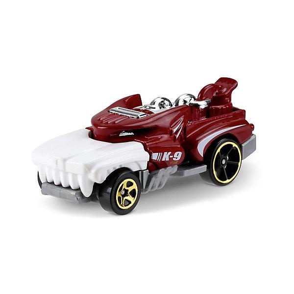 Машинка Hot Wheels из базовой коллекцииПопулярные игрушки<br>Характеристики:<br><br>• возраст: от 3 лет;<br>• материал: металл, пластмасса;<br>• вес упаковки: 30 гр.;<br>• размер упаковки: 11х4х11 см;<br>• тип упаковки: блистерный;<br>• страна бренда: США.<br><br>Машинка Hot Wheels от Mattel входит в группу моделей базовой коллекции. Миниатюры этой серии изображают реальные автомобили, спорткары, фургоны, мотоциклы в масштабе 1:64, а также модели с собственным оригинальным дизайном. Собрав свою линейку машинок, ребенок сможет устраивать заезды, гонки и меняться экземплярами с друзьями.<br><br>Монолитные элементы игрушки увеличивают ее прочность. Падение и столкновение с твердыми предметами во время игр не отражается на внешнем виде и ходе машинки. Кузов отчетливо детализирован, покрыт стойкими насыщенными красками. Колеса легко вращаются вокруг своей оси.<br><br>Игрушка выполнена из качественных материалов, сертифицированных по стандартам безопасности для использования детьми.<br><br>Машинку Hot Wheels из базовой коллекции можно купить в нашем интернет-магазине.<br>Ширина мм: 110; Глубина мм: 45; Высота мм: 110; Вес г: 30; Возраст от месяцев: 36; Возраст до месяцев: 96; Пол: Мужской; Возраст: Детский; SKU: 7191300;