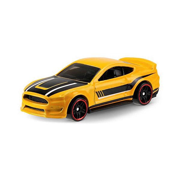Базовая машинка Mattel Hot Wheels, Ford Shelby GT350RПопулярные игрушки<br>Характеристики:<br><br>• возраст: от 3 лет;<br>• материал: металл, пластмасса;<br>• вес упаковки: 30 гр.;<br>• размер упаковки: 11х4х11 см;<br>• тип упаковки: блистерный;<br>• страна бренда: США.<br><br>Машинка Hot Wheels от Mattel входит в группу моделей базовой коллекции. Миниатюры этой серии изображают реальные автомобили, спорткары, фургоны, мотоциклы в масштабе 1:64, а также модели с собственным оригинальным дизайном. Собрав свою линейку машинок, ребенок сможет устраивать заезды, гонки и меняться экземплярами с друзьями.<br><br>Монолитные элементы игрушки увеличивают ее прочность. Падение и столкновение с твердыми предметами во время игр не отражается на внешнем виде и ходе машинки. Кузов отчетливо детализирован, покрыт стойкими насыщенными красками. Колеса легко вращаются вокруг своей оси.<br><br>Игрушка выполнена из качественных материалов, сертифицированных по стандартам безопасности для использования детьми.<br><br>Машинку Hot Wheels из базовой коллекции можно купить в нашем интернет-магазине.<br>Ширина мм: 110; Глубина мм: 45; Высота мм: 110; Вес г: 30; Возраст от месяцев: 36; Возраст до месяцев: 96; Пол: Мужской; Возраст: Детский; SKU: 7191312;