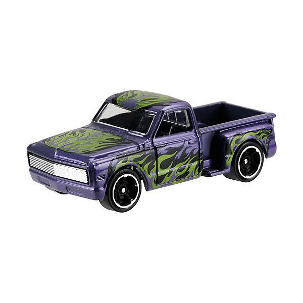 Базовая машинка Mattel Hot Wheels, Custom 69 Chevy PickupПопулярные игрушки<br>Характеристики:<br><br>• возраст: от 3 лет;<br>• материал: металл, пластмасса;<br>• вес упаковки: 30 гр.;<br>• размер упаковки: 11х4х11 см;<br>• тип упаковки: блистерный;<br>• страна бренда: США.<br><br>Пикап Hot Wheels от Mattel входит в группу моделей базовой коллекции. Миниатюры этой серии изображают реальные автомобили, спорткары, фургоны, мотоциклы в масштабе 1:64, а также модели с собственным оригинальным дизайном. Собрав свою линейку машинок, ребенок сможет устраивать заезды, гонки и меняться экземплярами с друзьями.<br><br>Монолитные элементы игрушки увеличивают ее прочность. Падение и столкновение с твердыми предметами во время игр не отражается на внешнем виде и ходе машинки. Кузов отчетливо детализирован, покрыт стойкими насыщенными красками. Колеса легко вращаются вокруг своей оси.<br><br>Игрушка выполнена из качественных материалов, сертифицированных по стандартам безопасности для использования детьми.<br><br>Машинку Hot Wheels из базовой коллекции можно купить в нашем интернет-магазине.<br>Ширина мм: 110; Глубина мм: 45; Высота мм: 110; Вес г: 30; Возраст от месяцев: 36; Возраст до месяцев: 96; Пол: Мужской; Возраст: Детский; SKU: 7191334;