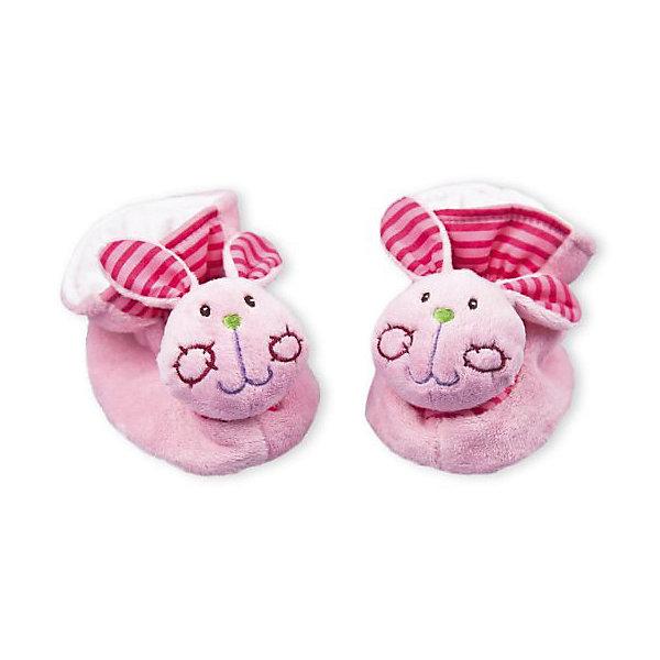 Пинетки с игрушкой-погремушкой Жирафики ЗайчаткиИгрушки для новорожденных<br>Характеристики товара:<br><br>• возраст: от 0 года;<br>• цвет:мультиколор;<br>• размер упаковки: 15х8х21 см.;<br>• состав: текстиль, синтетика, пластик;<br>• упаковка: блистер;<br>• вес в упаковке: 100 гр.;<br>• бренд, страна: Жирафики, Россия;<br>• страна-производитель: Китай.<br><br>Развивающая игрушка-тапочки «Зайчатки» от бренда «Жирафики» - забавные тапочки не только согреют маленькие ножки, но и надолго займут малыша. Одеть и снять тапочки очень непросто! Но это прекрасное упражнение для развития координации движений. <br><br>Ребенок будет с удовольствием рассматривать свою первую и очень забавную игрушку. Носы тапочек выполнены в виде мордочек забавных зайчиков, внутри которых находятся сферы, гремящие при тряске. <br><br>Игрушка направлена на развитие мыслительной деятельности, цветовосприятия, тактильных ощущений и мелкой моторики рук ребенка, а элемент погремушки способствует развитию слуха. Игрушка сделана из безопасных материалов, которые не вызовут у ребенка аллергии и раздражения.<br><br>Развивающую игрушку-тапочки «Зайчатки», Жирафики можно купить в нашем интернет-магазине.<br>Ширина мм: 150; Глубина мм: 80; Высота мм: 200; Вес г: 100; Возраст от месяцев: 6; Возраст до месяцев: 2147483647; Пол: Женский; Возраст: Детский; SKU: 7195922;