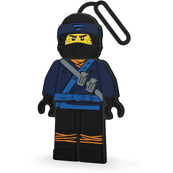 Бирка для багажа LEGO Ninjago Movie, JayДорожные сумки и чемоданы<br>Характеристики:<br><br>• бирка для багажа;<br>• способ крепления: с помощью петли;<br>• возможность быстро отыскать чемодан на транспортной ленте;<br>• место для записи контактных данных на обратной стороне бирки;<br>• коллекция: Ninjago Movie;<br>• персонаж: Jay;<br>• материал: силикон;<br>• размер упаковки: 25х10х1 см;<br>• вес: 73 г.<br><br>Силиконовая бирка поможет без труда отыскать собственный чемодан среди многообразия багажа других пассажиров.<br><br>Бирка для багажа используется во время путешествий и поездок на дальние расстояния. Бирка на петельке крепится на чемодан/рюкзак/дорожную сумку для обозначения принадлежности хозяину. <br><br>Бирку для багажа LEGO Ninjago Movie (Лего Фильм: Ниндзяго)-Jay можно купить в нашем интернет-магазине.<br>Ширина мм: 10; Глубина мм: 1; Высота мм: 25; Вес г: 73; Возраст от месяцев: 6; Возраст до месяцев: 2147483647; Пол: Мужской; Возраст: Детский; SKU: 7196273;