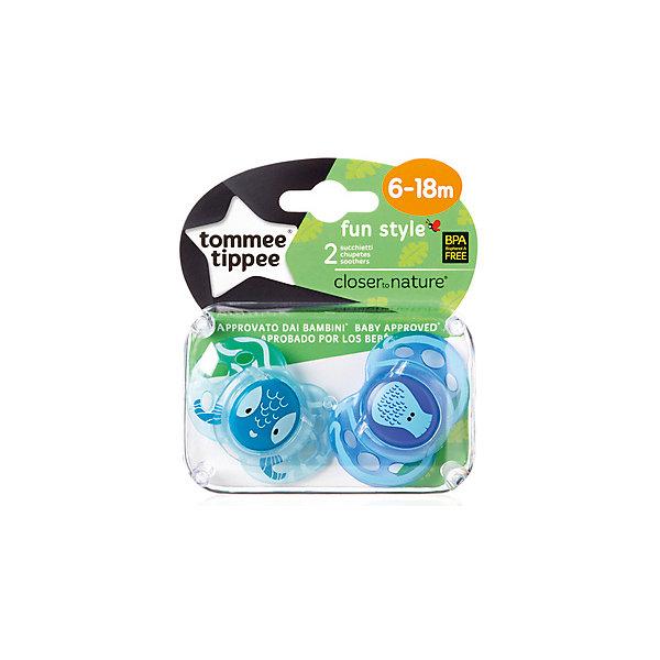 Силиконовые пустышки Tommee Tippee AnyTime Морские обитатели 6-18 мес., 2 шт.Пустышки<br>Характеристики:<br><br>• возраст: 6+;<br>• материал: силикон, пластик;<br>• размер упаковки: 11,5х10х5,5 см;<br>• упаковка: блистер на картоне;<br>• количество: 2 шт. в упаковке;<br>• особенности: не содержат Бисфенол А;<br>• производитель: Tommee Tippee.<br><br>Силиконовые пустышки повторяют форму нёба малыша, способствуя здоровому развитию ротовой полости ребенка. Пустышки «AnyTime» разработаны совместно с ведущими врачами-стоматологами. В производстве используется медицинский силикон высшего качества.<br><br>Пустышки декорированы рисунками забавных животных, их удобно держать маленькими ручками. Благодаря уникальной форме пустышки легко мыть и стерилизовать.<br><br>В упаковке 2 шт.<br><br>Силиконовые пустышки «Веселые животные. Морские обитатели» AnyTime 6-18 мес., 2 шт., Tommee Tippee можно купить в нашем интернет-магазине.<br><br>Ширина мм: 25<br>Глубина мм: 55<br>Высота мм: 50<br>Вес г: 22<br>Цвет: голубой<br>Возраст от месяцев: 6<br>Возраст до месяцев: 18<br>Пол: Унисекс<br>Возраст: Детский<br>SKU: 7196655