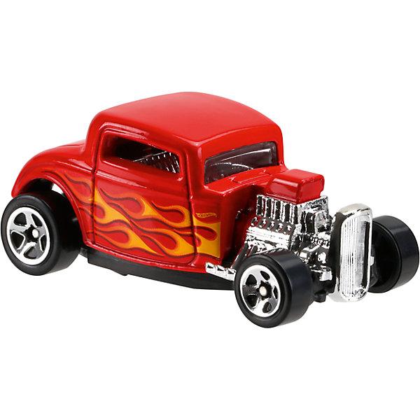 Базовая машинка Hot Wheels, 32 FordМашинки<br>Характеристики:<br><br>• возраст: от 3 лет;<br>• тип игрушки: тягач;<br>• цвет: красный;<br>• особенности: инерционная;<br>• материал: пластик, металл; <br>• размер: 11х4,5х11 см;<br>• вес: 30 гр;<br>• страна бренда: США;<br>• страна производитель: Китай;<br>• тип упаковки: блистер на картоне;<br>• эффекты: без эффектов.<br><br><br>Машинка Hot Wheels 32 Ford  от бренда Mattel представляет собой яркий тягач, который станет достойным пополнением автопарка мальчика. Легендарная серия коллекционных машинок завоевала внимание всех детей. Быстрые и красочные  машинки Hot Wheels выглядят очень ярко и эффектно благодаря оригинальному дизайну. Они выполнены из металла и пластика, что гарантирует прочность и устойчивость к столкновениям. <br><br>Машинка раскрашена в красный цвет. Автомобиль создан из проверенных и безопасных материалов. Его особенность – тип кузова и огненный рисунок, а также защитное литое днище.  Приоткрытые боковые стекла машинки позволяют заглянуть внутрь кабины. Дверцы не открываются. Серебристые диски на колесах и вставки на корпусе придают особого блеска машинке. Игрушка выполнена в мельчайших деталях и тщательно прорисована.<br><br>Стильная игрушка станет отличным подарком для ребенка от трех лет. Кроме того, малыш сможет собрать целую коллекцию этих популярных машинок и обмениваться ими с друзьями. Машинка Hot Wheels 32 Ford  во время гонки не оставит равнодушным ни одного мальчика. <br><br>Машинку Hot Wheels 32 Ford  из базовой коллекции можно купить в нашем интернет-магазине.<br><br>.<br>Ширина мм: 110; Глубина мм: 45; Высота мм: 110; Вес г: 30; Возраст от месяцев: 36; Возраст до месяцев: 96; Пол: Мужской; Возраст: Детский; SKU: 7198098;