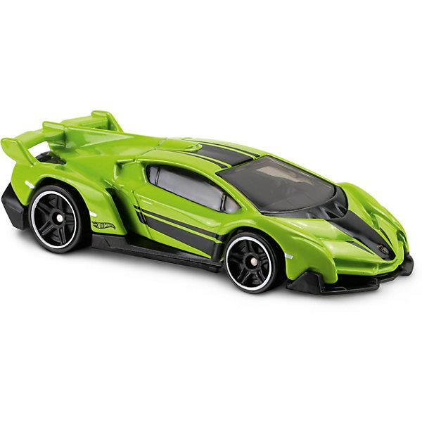 Базовая машинка Hot Wheels, Lanborghini VeneroМашинки<br>Характеристики:<br><br>• возраст: от 3 лет;<br>• тип игрушки: легковой транспорт;<br>• цвет: зеленый;<br>• особенности: инерционная;<br>• материал: пластик, металл; <br>• размер: 11х4,5х11 см;<br>• вес: 30 гр;<br>• страна бренда: США;<br>• страна производитель: Китай;<br>• тип упаковки: блистер на картоне;<br>• эффекты: без эффектов.<br><br><br>Машинка Hot Wheels Lamborghini Veneno DVB09 бренда Mattel представляет собой гоночный автомобиль, который станет достойным пополнением автопарка мальчика. Легендарная серия коллекционных машинок завоевала внимание всех детей. Быстрые и красочные  машинки Hot Wheels выглядят очень ярко и эффектно благодаря оригинальному дизайну. Они выполнены из металла и пластика, что гарантирует прочность и устойчивость к столкновениям. <br><br>Машинка раскрашена в ярко-зеленый цвет. Автомобиль создан из проверенных и безопасных материалов. Его особенность - высокая скорость и яркий дизайн. Красивый, обтекаемый салон украшен черными полосками на боках и капоте. Литое днище защищает машинку от поломок при неожиданных падениях.  Игрушка выполнена из безопасных и нетоксичных материалов.<br><br>Стильная игрушка станет отличным подарком для ребенка от трех лет. Кроме того, малыш сможет собрать целую коллекцию этих популярных машинок и обмениваться ими с друзьями. Машинка Hot Wheels Lamborghini Veneno DVB09 во время гонки не оставит равнодушным ни одного мальчика. <br><br>Машинку Hot Wheels Lamborghini Veneno DVB09 можно купить в нашем интернет-магазине.<br>Ширина мм: 110; Глубина мм: 45; Высота мм: 110; Вес г: 30; Возраст от месяцев: 36; Возраст до месяцев: 96; Пол: Мужской; Возраст: Детский; SKU: 7198104;