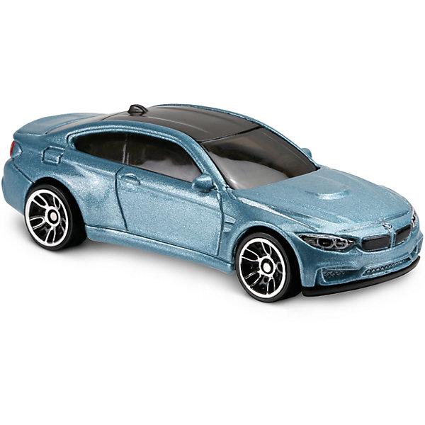 Базовая машинка Hot Wheels, BMW M4Машинки<br>Характеристики:<br><br>• возраст: от 3 лет;<br>• тип игрушки: легковой транспорт;<br>• цвет: серебристый;<br>• особенности: инерционная;<br>• материал: пластик, металл; <br>• размер: 11х4,5х11 см;<br>• вес: 30 гр;<br>• страна бренда: США;<br>• страна производитель: Китай;<br>• тип упаковки: блистер на картоне;<br>• эффекты: без эффектов.<br><br><br>Машинка Hot Wheels BMW M4 бренда Mattel представляет собой масштабный автомобиль, который станет достойным пополнением автопарка мальчика. Легендарная серия коллекционных машинок завоевала внимание всех детей. Быстрые и красочные  машинки Hot Wheels выглядят очень ярко и эффектно благодаря оригинальному дизайну. Они выполнены из металла и пластика, что гарантирует прочность и устойчивость к столкновениям. <br><br>Двухместная машинка раскрашена в серебристый цвет. Автомобиль создан из проверенных и безопасных материалов. Его особенность – поразительная точность в деталях, с которыми выполнен корпус машинки. Также стоит отметить обтекаемую аэродинамическую форму. Игрушка выполнена из безопасных и нетоксичных материалов.<br><br>Стильная игрушка станет отличным подарком для ребенка от трех лет. Кроме того, малыш сможет собрать целую коллекцию этих популярных машинок и обмениваться ими с друзьями. Машинка Hot Wheels BMW M4 во время гонки не оставит равнодушным ни одного мальчика. <br><br>Машинку Hot Wheels BMW M4  можно купить в нашем интернет-магазине.<br>Ширина мм: 110; Глубина мм: 45; Высота мм: 110; Вес г: 30; Возраст от месяцев: 36; Возраст до месяцев: 96; Пол: Мужской; Возраст: Детский; SKU: 7198115;