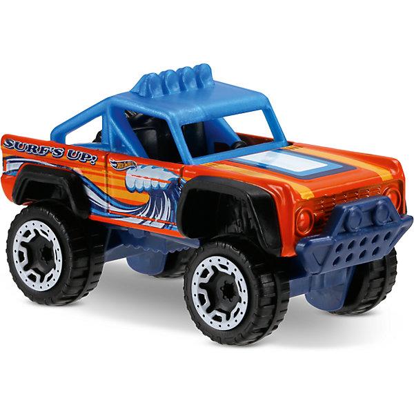 Базовая машинка Hot Wheels, Custom Ford BroncoПопулярные игрушки<br>Характеристики:<br><br>• возраст: от 3 лет;<br>• тип игрушки: легковой транспорт;<br>• цвет: синий, оранжевый;<br>• особенности: инерционная;<br>• материал: пластик, металл; <br>• размер: 11х4,5х11 см;<br>• вес: 30 гр;<br>• страна бренда: США;<br>• страна производитель: Китай;<br>• тип упаковки: блистер на картоне;<br>• эффекты: без эффектов.<br><br><br>Машинка Hot Wheels «Custom Ford Bronco» бренда Mattel представляет собой яркий автомобиль, который станет достойным пополнением автопарка  мальчика. Легендарная серия коллекционных машинок завоевала внимание всех детей. Быстрые и красочные  машинки Hot Wheels выглядят очень ярко и эффектно благодаря оригинальному дизайну. Они выполнены из металла и пластика, что гарантирует прочность и устойчивость к столкновениям. <br><br>Машинка раскрашена в синий и оранжевый цвета. Автомобиль создан из проверенных и безопасных материалов. Его особенность – высокий кузов, яркий дизайн и высокая скорость. На капоте и на боках корпуса имеется рисунок, напоминающий морскую волну. У машины нет стекол, поэтому хорошо виден черный салон с двумя креслами. В багажнике имеется запасное колесо.  Игрушка выполнена из безопасных и нетоксичных материалов. <br><br>Стильная игрушка станет отличным подарком для ребенка от трех лет. Кроме того, малыш сможет собрать целую коллекцию этих популярных машинок и обмениваться ими с друзьями. Машинка Hot Wheels «Custom Ford Bronco» во время гонки не оставит равнодушным ни одного мальчика. <br><br>Машинку Hot Wheels «Custom Ford Bronco» можно купить в нашем интернет-магазине.<br>Ширина мм: 110; Глубина мм: 45; Высота мм: 110; Вес г: 30; Возраст от месяцев: 36; Возраст до месяцев: 96; Пол: Мужской; Возраст: Детский; SKU: 7198133;