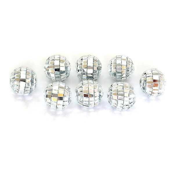 Набор елочных украшений Winter Wings Шары зеркальные, 20 штНовинки Новый Год<br>Характеристики товара:<br><br>• возраст: от 3 лет;<br>• упаковка: пакет;<br>• вес: 105 гр.;<br>• количество: 20 шт.;<br>• цвет: зеркальный;<br>• диаметр: 2 см.;<br>• форма: шар;<br>• материал: пластик;<br>• бренд, страна бренда: Winter Wings (Винтер Вингс), Канада;<br>• страна-производитель: Китай.<br><br>Набор украшений «ШАРЫ ЗЕРКАЛЬНЫЕ» от торговой марки Winter Wings состоит из 20 декоративных подвесных украшений в форме шара диаметром 2 см. Зеркальные украшения выполненны из качественного платика и с помощью специальной петельки их можно повесить  на праздничную новогоднюю елку. <br><br>Елочная игрушка - символ Нового года и Рождества. Она несет в себе волшебство и красоту праздника. Создайте в своем доме атмосферу веселья и радости, украшая новогоднюю елку нарядными игрушками, которые будут из года в год накапливать теплоту воспоминаний. <br><br>Компания  Winter Wings  - настоящий эксперт в оригинальных качественных новогодних украшениях, один из самых широких новогодних ассортиментов на российском рынке.<br><br>Набор украшений «ШАРЫ ЗЕРКАЛЬНЫЕ», 20 шт, диаметр 2 см., Winter Wings  можно купить в нашем интернет-магазине.<br>Ширина мм: 200; Глубина мм: 150; Высота мм: 20; Вес г: 104; Возраст от месяцев: 36; Возраст до месяцев: 2147483647; Пол: Унисекс; Возраст: Детский; SKU: 7220660;