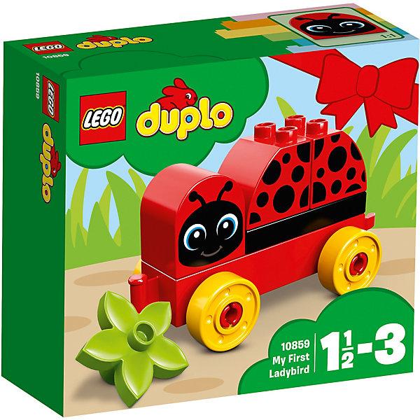 Конструктор LEGO DUPLO 10859: Моя первая божья коровкаLEGO<br>Характеристики товара:<br><br>• возраст: от 1,5 лет;<br>• серия LEGO: Duplo;<br>• материал: пластик;<br>• количество деталей: 6 шт.;<br>• в наборе: божья коровка, цветочек;<br>• размер игрушки: 7х12х6 см;<br>• размер упаковки: 14х15х6 см;<br>• вес упаковки: 110 гр.;<br>• страна изготовитель: Дания.<br><br>Конструктор LEGO Duplo: «Моя первая божья коровка» содержит крупные детали, предназначенные для самых маленьких строителей. Собирать кирпичики на подвижной основе интуитивно понятно. Элементы конструктора ярко оформлены, выполнены из безопасного и прочного пластика.<br><br>Сборка развивает мелкую моторику, цветовосприятие и внимательность.<br><br>Особенности и функционал:<br><br>• игрушка на колесиках;<br>• кирпичик с лицом божьей коровки переставляется, чтобы она заснула и проснулась;<br>• подходит для использования с набором LEGO Duplo 10863: «Мой первый парад животных».<br><br>Конструктор LEGO Duplo 10859: «Моя первая божья коровка» можно купить в нашем интернет-магазине.<br>Ширина мм: 142; Глубина мм: 162; Высота мм: 66; Вес г: 112; Возраст от месяцев: 18; Возраст до месяцев: 36; Пол: Женский; Возраст: Детский; SKU: 7221437;