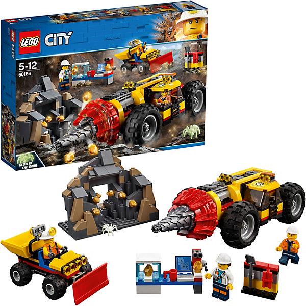 Конструктор LEGO City 60186: Тяжелый бур для горных работLEGO<br>Характеристики товара:<br><br>• возраст: от 5 лет;<br>• серия LEGO: City;<br>• материал: пластик;<br>• количество деталей: 294 шт.;<br>• количество минифигурок: 4;<br>• в наборе: бурильщик, погрузчик, пещера шахты, лаборатория, стенд с инструментом, 8 самородков, кружка, динамит, лопата;<br>• размер бурильщика: 7х24х10 см;<br>• размер пещеры: 10х12х6 см;<br>• размер упаковки: 26х38х7 см;<br>• вес упаковки: 726 гр.;<br>• страна бренда: Дания.<br><br>Конструктор LEGO City: «Тяжелый бур для горных работ» представляет сцену добычи драгоценных ископаемых с помощью мощной бурильной техники.<br><br>Трудолюбивые шахтеры раскалывают камни в пещере, исследует находки и натыкается на опасного паука. Набор открывает простор для фантазии ребенка. Конструктор выполнен из качественного безопасного пластика.<br><br>Особенности и функционал:<br><br>• сверло бура вращается при повороте рукоятки в его задней части;<br>• кузов погрузчика подвижный;<br>• самородки помещаются в лабораторию для исследования;<br>• паук светится в темноте;<br>• подходит для использования с другими наборами серии LEGO City.<br><br>Конструктор LEGO City 60186: «Тяжелый бур для горных работ» можно купить в нашем интернет-магазине.<br>Ширина мм: 386; Глубина мм: 266; Высота мм: 78; Вес г: 760; Возраст от месяцев: 60; Возраст до месяцев: 144; Пол: Мужской; Возраст: Детский; SKU: 7221492;