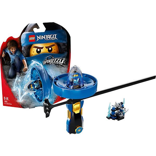 Фигурка с пусковым устройством LEGO Ninjago 70635: Джей — Мастер КружитцуLEGO<br>Характеристики товара:<br><br>• возраст: от 6 лет;<br>• серия LEGO: Ninjago;<br>• материал: пластик;<br>• количество деталей: 68 шт.;<br>• количество минифигурок: 1;<br>• в наборе: спиннер, нунчаки на подставке, сюрикэны, стержень;<br>• размер спиннера: 14х8х3 см;<br>• размер упаковки: 25х22х6 см;<br>• вес упаковки: 163 гр.;<br>• страна бренда: Дания.<br><br>Из деталей конструктора LEGO Ninjago: «Джей — Мастер Кружитцу» получается необычная игрушка с пусковым устройством, которое удобно брать с собой и устраивать игры с друзьями.<br><br>Фигурка помещается в отсек для полета, ребенок берется за рукоять и стержень, и начинается игра. Играть фигуркой можно и на земле, а главным оружием Джея будут нунчаки и сюрикэны.<br><br>Особенности и функционал:<br><br>• для запуска спиннера нужно вставить стержень в специальное отверстие и резко потянуть его, таким образом капсула с фигуркой отсоединится от рукояти и полетит вперед;<br>• подходит для использования с другими наборами серии LEGO Ninjago.<br><br>Фигурку с пусковым устройством LEGO Ninjago 70635: «Джей — Мастер Кружитцу» можно купить в нашем интернет-магазине.<br>Ширина мм: 259; Глубина мм: 228; Высота мм: 68; Вес г: 160; Возраст от месяцев: 72; Возраст до месяцев: 168; Пол: Мужской; Возраст: Детский; SKU: 7221541;