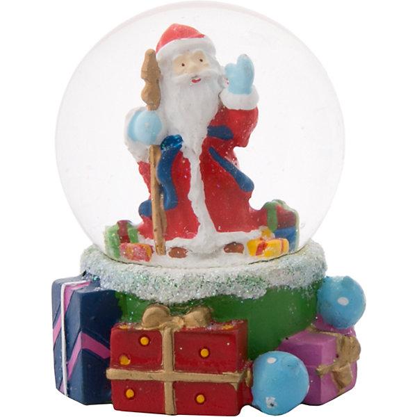 Снежный шар Magic Time Дед Мороз с подаркамиНовинки Новый Год<br>Характеристики:<br>• возраст: от 2 лет;<br>• материал: полирезина;<br>• материал шара: стекло;<br>• размер: 6х5х5 см;<br>• вес: 117 гр;<br>• страна производитель: Китай;<br>• бренд: Magic Time;<br>• тип упаковки: блистерная.<br>Новогодняя фигурка из полирезины с водяным шаром из стекла бренда Magic Time – это отличный подарок, который станет украшением дома. Игрушка изготовлена из безопасной для здоровья полирезины. На цветной основе из новогодних подарков установлен стеклянный шар, внутри которого Дед Мороз. При движении внутри шара начинает кружиться искусственный снег. Такая статуэтка станет хорошим новогодним подарком для ребенка. Кроме того, впоследствии вы сможете подарить целую коллекцию таких игрушек.<br>Такая игрушка увлечет любого ребенка от двух лет на долгое время. Кроме того, статуэтка может стать отличным сувенирным подарком не только детям, но и взрослым. Благодаря плотной упаковку при ударе игрушка не сломается, а это значит, что статуэтку можно смело отправлять почтой. Стеклянный шар не повредится, при этом основа из твердой полирезины так же останется целой.<br>Новогоднюю фигурку из полирезины с водяным шаром из стекла можно купить в нашем интернет-магазине.<br>Ширина мм: 60; Глубина мм: 50; Высота мм: 50; Вес г: 117; Возраст от месяцев: 24; Возраст до месяцев: 2147483647; Пол: Унисекс; Возраст: Детский; SKU: 7223793;