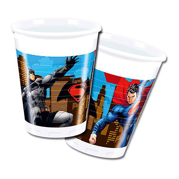 Pc 200мл Стаканы пластиковые Бэтмен против Супермена 8штНовинки для праздника<br>Характеристики:<br><br>• возраст: от 3 лет;<br>• тип игрушки: стаканы;<br>• количество: 8 шт;<br>• объем: 200 мл;<br>• вес: 67  гр;<br>• размеры: 8х8х10 см;<br>• материал: пластик;<br>• бренд: Патибум;<br>• страна производитель: Россия.<br><br>Стаканы пластиковые «Бэтмен против Супермена» 8шт подойдут для организации детской вечеринки, дня рождения и других праздников. Стаканы выполнены из пластика и имеют объем 200 мл. На них изображены яркие картинки. В данном случае они с изображением Бэтмена. <br><br>Изделия выполнены из качественных материалов, предназначенных для детей возрастом от трех лет. Такая посуда в виде стаканчиков станет отличным дополнением праздничного настроения. А эта  расцветка понравится особенно мальчикам.<br><br>Стаканы пластиковые «Бэтмен против Супермена» 8шт  можно купить в нашем интернет-магазине.<br><br>Ширина мм: 80<br>Глубина мм: 80<br>Высота мм: 100<br>Вес г: 67<br>Возраст от месяцев: 36<br>Возраст до месяцев: 2147483647<br>Пол: Мужской<br>Возраст: Детский<br>SKU: 7224836