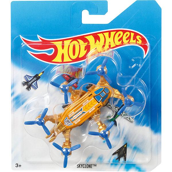 Базовый самолетик Mattel Hot Wheels, SkycloneМашинки<br>Характеристики:<br><br>• возраст: от 4 лет;<br>• тип игрушки: самолет;<br>• цвет: оранжевый;<br>• материал: пластик;<br>• размер: 16,5х14х3 см;<br>• вес: 70 гр; <br>• бренд: Hot Wheels;<br>• страна производитель: Китай.<br><br>Самолет Hot Wheels серии Sky Busters – это отличный подарок для мальчиков от 4 лет. Красочная игрушка особенно порадует любителей собирать коллекцию легендарных самолетов и вертолетов. Самолет от компании Mattel поможет ребенку почувствовать себя первоклассным пилотом и покорить небесные просторы.  <br><br>Серия Sky Busters™ включает реалистичные, тщательно проработанные самолеты и вертолеты, точь-в-точь похожие на настоящие. Достаточно крупные модели помогут маленькому авиаконструктору рассмотреть каждую деталь модели и понять, каким образом он смоделирован.<br><br>Кроме того, игрушка выполнена из безвредных для детей материалов. Такой самолет можно использовать вместе с другими игрушками серии, создавая одну большую платформу для игры. Также Hot Wheels  отлично подходят для того, чтобы взять их с собой. <br><br>Самолет  Hot Wheels  можно купить в нашем интернет-магазине.<br><br>Ширина мм: 165<br>Глубина мм: 140<br>Высота мм: 30<br>Вес г: 70<br>Возраст от месяцев: 48<br>Возраст до месяцев: 96<br>Пол: Мужской<br>Возраст: Детский<br>SKU: 7229172