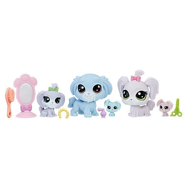 Набор фигурок Littlest Pet Shop Семья собачекИгровые фигурки животных<br>Характеристики:<br><br>• возраст: от 4 лет;<br>• материал: пластик;<br>• в наборе: 5 фигурок, 5 аксессуаров;<br>• вес упаковки: 135 гр.;<br>• размер упаковки: 21х20х4 см;<br>• страна бренда: США.<br><br>Набор семья петов Littlest Pet Shop Hasbro содержит фигурки очаровательных питомцев с большими глазками и милыми мордочками. Для ухода за собачками предусмотрены аксессуары. Сделано из качественных безопасных материалов.<br><br>ЛПС Набор «Семья Петов» можно купить в нашем интернет-магазине.<br>Ширина мм: 38; Глубина мм: 216; Высота мм: 203; Вес г: 160; Возраст от месяцев: 48; Возраст до месяцев: 2147483647; Пол: Женский; Возраст: Детский; SKU: 7230758;