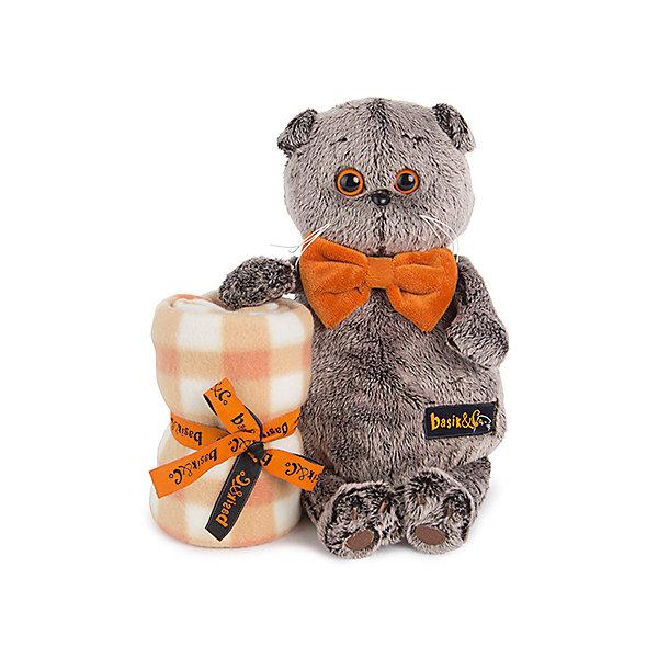 Басик с пледом.Мягкие игрушки-кошки<br>Характеристики товара:<br><br>• возраст: от 3 лет;<br>• материал: текстиль, искусственный мех;<br>• в комплекте: игрушка, плед;<br>• высота игрушки: 25 см;<br>• размер упаковки: 26,5х26,5х13 см;<br>• вес упаковки: 570 гр.;<br>• страна производитель: Россия.<br><br>Мягкая игрушка «Басик с пледом» Budi Basa - очаровательный пушистый котенок с добрыми глазками. На Басике оранжевая бабочка. В комплекте уютный плед из флиса, которым можно накрыть ребенка. Игрушка выполнена из качественного безопасного материала, настолько приятного и мягкого, что ребенок будет брать с собой котенка в кроватку и спать в обнимку.<br><br>Мягкую игрушку «Басик с пледом» Budi Basa можно приобрести в нашем интернет-магазине.<br><br>Ширина мм: 265<br>Глубина мм: 265<br>Высота мм: 130<br>Вес г: 570<br>Возраст от месяцев: 36<br>Возраст до месяцев: 168<br>Пол: Унисекс<br>Возраст: Детский<br>SKU: 7231228