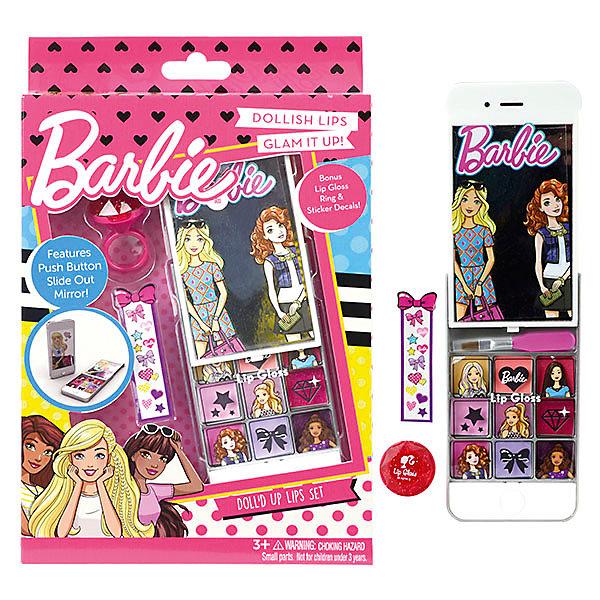 Игровой набор Markwins Barbie Декоративная косметика Блеск для губ, 9 шт + кисточкаНаборы детской косметики<br>Состав набора: палитра блесков для губ из 9 оттенков, блеск для губ в колечке 1 шт., кисть 1 шт., зеркало 1 шт., наклейки 1 лист.<br><br>Ширина мм: 26<br>Глубина мм: 149<br>Высота мм: 230<br>Вес г: 127<br>Возраст от месяцев: 36<br>Возраст до месяцев: 2147483647<br>Пол: Женский<br>Возраст: Детский<br>SKU: 7231346