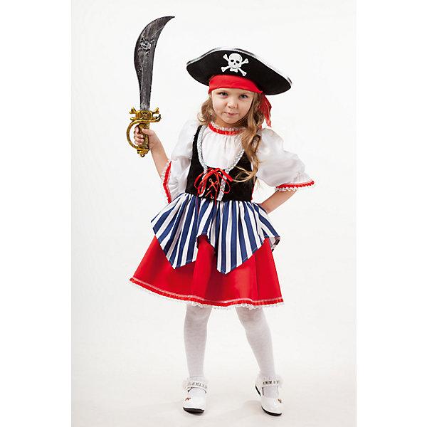 2005 к-18 Костюм Пиратка СейдиНовинки для праздника<br>100% полиэстер Детский карнавальный костюм для девочки Пиратка Сейди. Костюм поможет любой девчонке перевоплотися в пиратку и закончит образ. В комплект костюма входит платье с иммитацией белой рубахи, черного корсета.  Низ платье выполнен в красном цвете и украшен полосатой бело-синей с ассимеричными краями фижмой. Обязательно в комплект входит шляпа черного цвета с избражением черепа, красная бандана и сабля.<br><br>Ширина мм: 450<br>Глубина мм: 80<br>Высота мм: 350<br>Вес г: 250<br>Возраст от месяцев: 108<br>Возраст до месяцев: 120<br>Пол: Женский<br>Возраст: Детский<br>Размер: 140,110,134,128,116<br>SKU: 7238600