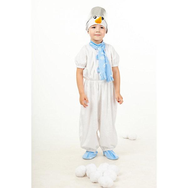 916 к-17 Костюм СнеговикКарнавальные костюмы для мальчиков<br>Верх 100% полиэстер; подклад: 35% хлопок+65%полиэстер Плюшевый карнавальный костюм Снеговик прекрасно подойдет как девчонкам так и мальчишкам. Комбинезон с длинными штанишками, застежка на спине на молнии. Пояс комбинезона на резиночке, на груди украшение из голубых помпушек-пуговок. Комбинезон украшен голубым шарфиком принотваным снежинками. Маска-шапка оригинально выполнена в виде серебряного ведра, нос-морковка и голубенькие башмачки.<br><br>Ширина мм: 450<br>Глубина мм: 80<br>Высота мм: 350<br>Вес г: 250<br>Возраст от месяцев: 36<br>Возраст до месяцев: 48<br>Пол: Унисекс<br>Возраст: Детский<br>Размер: 104<br>SKU: 7238738