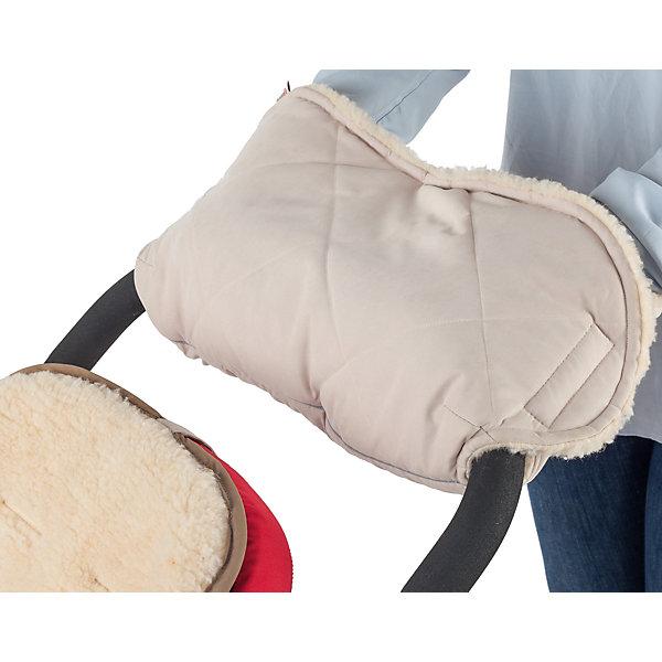Муфта для рук шерстяная Mammie, экрюАксессуары для колясок<br>Мягкая шерстяная муфта для рук Mammie согреет мамины руки во время длительных прогулок с малышом. Этот теплый аксессуар снаружи выполнен из эко замши с эффектом «персика» с водоотталкивающей пропиткой, внутри приятный на ощупь мех (80% овечья шерсть). Утеплитель Alpolux - экологически чистый утеплитель премиум класса, разработанный лучшими австрийскими экспертами. Уникальное сочетание натуральной шерсти мериноса и микроволокна помогает поддержать оптимальную для вашего тела температуру.<br>Ширина мм: 100; Глубина мм: 200; Высота мм: 50; Вес г: 300; Возраст от месяцев: 192; Возраст до месяцев: 2147483647; Пол: Унисекс; Возраст: Детский; SKU: 7252713;