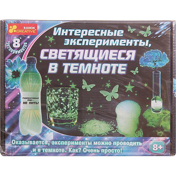 Набор для экспериментов «Интересные эксперименты, светящиеся в темноте»Химия и физика<br>Характеристики товара:<br><br>• возраст: от 8 лет;<br>• материал: бумага, пластик, краситель, реагент;<br>• размер упаковки: 23,5х18х7 см.;<br>• упаковка: картонная коробка;<br>• вес в упаковке: 435 гр.;<br>• бренд, страна: Ranok Creative, Украина.<br><br>Набор для экспериментов «Интересные эксперименты, светящиеся в темноте» от бренда Ranok Creative - это удивительный набор для экспериментов, который несомненно оценят любители сделать что-то необычное своими руками.<br><br>В набор включены все необходимые элементы для проведения 8 интересных опытов. Главная задача юного экспериментатора - делать все четко по инструкции шаг за шагом. Тогда, при соблюдении всех условий, он сможет в полной мере насладиться результатом своих трудов и получить от этого массу положительных эмоций. Данный набор будет способствовать развитию у ребенка творческих способностей и креативного мышления.<br><br>Набор содержит: светящийся порошок (люминофор), жидкое стекло, акриловая краска, заготовки для звездочек, перекись водорода, прозрачная трубка, воронка, шило, кисточка, мерный стакан, пластилин, искусственный цветок, пластиковая емкость, скотч, двусторонний скотч, прищепка, ложка, стакан, кукурузный крахмал, дрожжи, защитные перчатки.<br><br>Рекомендуемый возраст: от 8 лет, под наблюдением взрослых.<br><br>Набор для экспериментов «Интересные эксперименты, светящиеся в темноте», 8 опытов, Ranok Creative можно купить в нашем интернет-магазине.<br><br>Ширина мм: 235<br>Глубина мм: 70<br>Высота мм: 180<br>Вес г: 435<br>Возраст от месяцев: 96<br>Возраст до месяцев: 192<br>Пол: Унисекс<br>Возраст: Детский<br>SKU: 7252927
