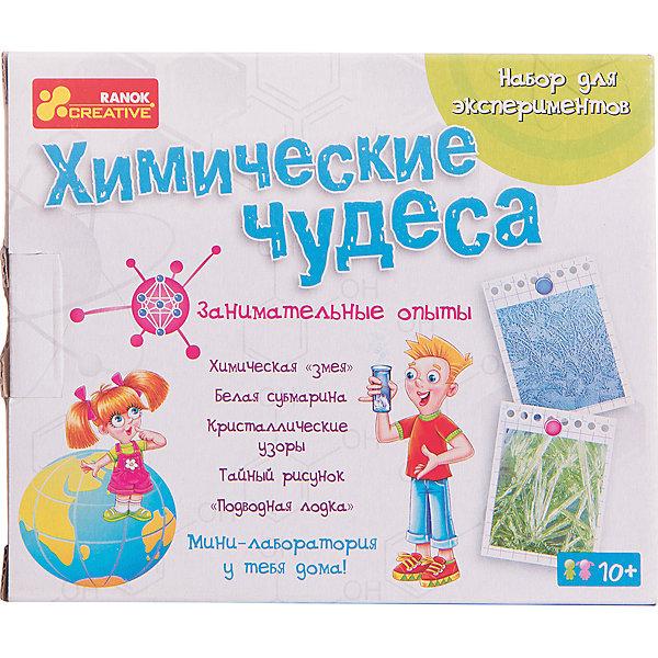 Набор для экспериментов «Химические чудеса»Химия и физика<br>Характеристики товара:<br><br>• возраст: от 8 лет;<br>• материал:  химические компоненты, пластик, бумага;<br>• размер упаковки: 15х18х8 см.;<br>• упаковка: картонная коробка;<br>• вес в упаковке: 265 гр.;<br>• бренд, страна: Ranok Creative, Украина.<br><br>Набор для экспериментов «Химические чудеса» от бренда Ranok Creative создан для любознательных детей, увлекающихся новыми изобретениями. В наборе имеются все атрибуты для проведения различных химических опытов. <br><br>Здесь представлены и различные красители, и самоклейка, и шпатель, и различные емкости. Даже неопытный экспериментатор сможет создать кристаллы из желатина, невидимые надписи и другие химические соединения. К набору прилагается инструкция с подробным описанием опытов.<br><br>Набор содержит: химические вещества, желатин, пищевой краситель, мерный химический стакан, чашка Петри, пипетка, самоклейка и бумага для надписей, пластмассовый шпатель, кисточка.<br><br>Рекомендуемый возраст: от 8 лет, под наблюдением взрослых.<br><br>Набор для экспериментов «Химические чудеса», Ranok Creative можно купить в нашем интернет-магазине.<br><br>Ширина мм: 180<br>Глубина мм: 80<br>Высота мм: 150<br>Вес г: 265<br>Возраст от месяцев: 120<br>Возраст до месяцев: 192<br>Пол: Унисекс<br>Возраст: Детский<br>SKU: 7252930