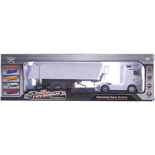 Радиоуправляемый грузовик-самосвал Пламенный мотор Mercedes Benz Actros, 1:32Радиоуправляемые машины<br>Характеристики товара:<br><br>• возраст: от 3 лет;<br>• материал: пластик;<br>• в комплекте: машина, пульт;<br>• тип батареек: 6 батареек АА;<br>• наличие батареек: не входят в комплект;<br>• масштаб машины: 1:32;<br>• размер машины: 47х12х9 см;<br>• размер упаковки: 61х19х5 см;<br>• вес упаковки: 1,6 кг.;<br>• страна производитель: Китай.<br><br>Радиоуправляемый грузовик-самосвал Mercedes Benz Actros Пламенный мотор — увлекательная игрушка, управляемая пультом. Машина умеет ездить во всех направлениях. При помощи специальной команды на пульте кузов грузовика поднимается на 30 градусов и фиксируется в верхнем положении. Машина оснащена световыми и звуковыми эффектами. <br><br>Радиоуправляемый грузовик-самосвал Mercedes Benz Actros Пламенный мотор можно приобрести в нашем интернет-магазине.<br><br>Ширина мм: 610<br>Глубина мм: 50<br>Высота мм: 190<br>Вес г: 1600<br>Возраст от месяцев: 36<br>Возраст до месяцев: 2147483647<br>Пол: Мужской<br>Возраст: Детский<br>SKU: 7265509