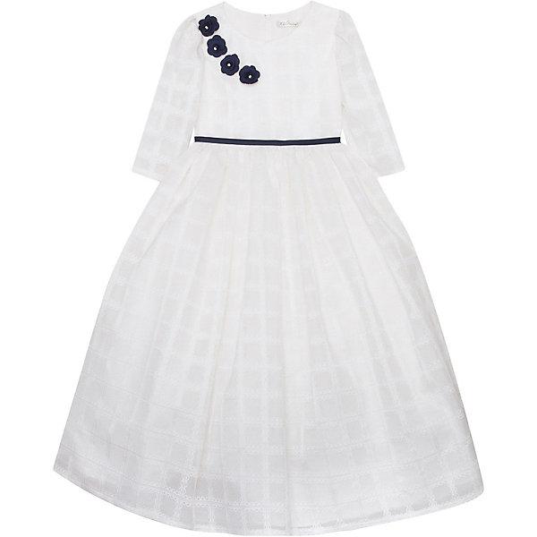 Нарядное платье Vitacci для девочкиОдежда<br>Характеристики товара:<br><br>• цвет: белый;<br>• состав: 100% полиэстер;<br>• подкладка: 100% хлопок;<br>• сезон: круглый год;<br>• особенности: нарядное, на подкладке;<br>• застежка: молния на спинке;<br>• с пояском;<br>• с длинным рукавом;<br>• декорировано цветами;<br>• страна бренда: Италия;<br>• страна изготовитель: Китай.<br><br>Нарядное платье с длинным рукавом для девочки. Застегивается на молнию сзади. Платье декорировано контрастным пояском синего цвета и украшено синими цветочками у горловины.<br><br>Нарядное платье Vitacci (Витачи) можно купить в нашем интернет-магазине.<br><br>Ширина мм: 236<br>Глубина мм: 16<br>Высота мм: 184<br>Вес г: 177<br>Цвет: бежевый<br>Возраст от месяцев: 96<br>Возраст до месяцев: 108<br>Пол: Женский<br>Возраст: Детский<br>Размер: 120,110,100,90,130<br>SKU: 7301003