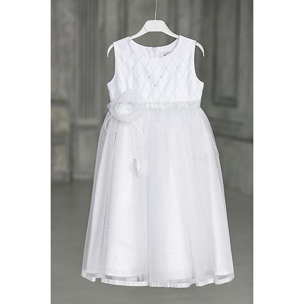 Платье нарядное Unona Dart для девочкиОдежда<br>Характеристики товара:<br><br>• цвет: белый;<br>• состав: 100% полиэстер;<br>• подкладка: 65% полиэстер, 35% хлопок;<br>• сезон: круглый год;<br>• особенности: нарядное, на подкладке;<br>• застежка: молния на спинке;<br>• поясок-лента;<br>• без рукавов;<br>• пышная юбка;<br>• страна бренда: Россия;<br>• страна изготовитель: Россия.<br><br>Нарядное платье без рукавов для девочки. Гладкий лиф, пышная многослойная юбка. Лиф украшен вышивкой серебряной нитью и декорирован стразами. Верхний слой юбки выполнен из нежного фатина, который украшен серебряными точками. По низу юбки серебряная тесьма. Платье застегивается на молнию. Степень прилегания регулируется поясом. На поясе цветок ручной работы.<br><br>Нарядное платье Unona Dart (Юнона де Арт) можно купить в нашем интернет-магазине.<br>Ширина мм: 236; Глубина мм: 16; Высота мм: 184; Вес г: 177; Цвет: белый; Возраст от месяцев: 84; Возраст до месяцев: 96; Пол: Женский; Возраст: Детский; Размер: 128,110,116,122; SKU: 7309016;