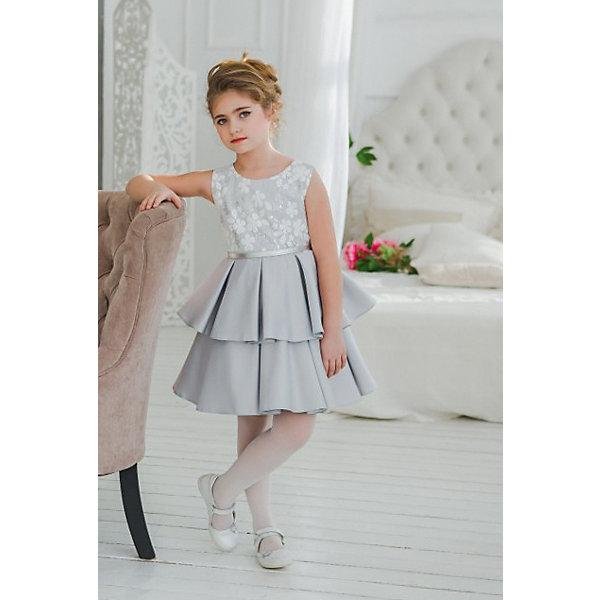 Платье нарядное Unona Dart для девочкиОдежда<br>Характеристики товара:<br><br>• цвет: серый;<br>• состав: 100% полиэстер;<br>• подкладка: 65% полиэстер, 35% хлопок;<br>• сезон: круглый год;<br>• особенности: нарядное, на подкладке;<br>• застежка: молния на спинке;<br>• ремешок;<br>• без рукавов;<br>• пышная юбка;<br>• страна бренда: Россия;<br>• страна изготовитель: Россия.<br><br>Нарядное платье без рукавов для девочки. Элегантное платье для девочки, выполненное во французском стиле. Юбка необычного кроя, напоминает по форме цветок, выполнена из плотного сатина. Лиф покрыт изящным кружевом с элементами из пайеток. Тонкий ремешок подчеркнет талию.<br><br>Нарядное платье Unona Dart (Юнона де Арт) можно купить в нашем интернет-магазине.<br>Ширина мм: 236; Глубина мм: 16; Высота мм: 184; Вес г: 177; Цвет: серый; Возраст от месяцев: 108; Возраст до месяцев: 120; Пол: Женский; Возраст: Детский; Размер: 140,128,134; SKU: 7309112;