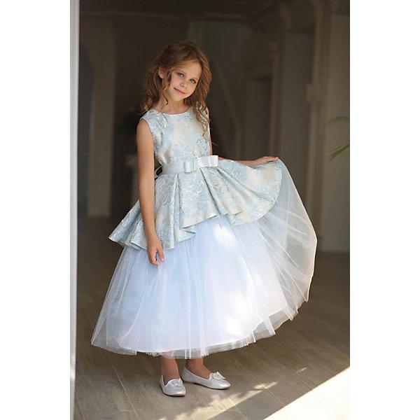 Платье нарядное Unona Dart для девочкиОдежда<br>Характеристики товара:<br><br>• цвет: голубой;<br>• состав: 100% полиэстер;<br>• подкладка: 65% полиэстер, 35% хлопок;<br>• сезон: круглый год;<br>• особенности: нарядное, на подкладке;<br>• застежка: молния на спинке;<br>• поясок-лента;<br>• без рукавов;<br>• страна бренда: Россия;<br>• страна изготовитель: Россия.<br><br>Нарядное платье без рукавов для девочки. Роскошное платье в стиле принцесс длиной до щиколотки. Основная ткань - парча тонкой выработки с растительным рисунком. Юбка в крупную складку переменной длины, с пышным подъюбником из мерцающей ткани.  Лиф лаконичного кроя. Широкий пояс из репсовой ленты завязывается сзади, обеспечивая прилегание по талии.<br><br>Нарядное платье Unona Dart (Юнона де Арт) можно купить в нашем интернет-магазине.<br>Ширина мм: 236; Глубина мм: 16; Высота мм: 184; Вес г: 177; Цвет: голубой; Возраст от месяцев: 84; Возраст до месяцев: 96; Пол: Женский; Возраст: Детский; Размер: 128,116,122; SKU: 7309200;
