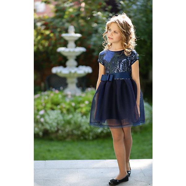 Платье нарядное Unona Dart для девочкиОдежда<br>Характеристики товара:<br><br>• цвет: синий;<br>• состав: 100% полиэстер;<br>• подкладка: 65% полиэстер, 35% хлопок;<br>• сезон: круглый год;<br>• особенности: нарядное, на подкладке;<br>• застежка: молния;<br>• поясок-лента;<br>• с коротким рукавом;<br>• страна бренда: Россия;<br>• страна изготовитель: Россия.<br><br>Нарядное платье с коротким рукавом для девочки. Ультрамодное, короткое платье для вечеринок. Лиф выполнен из эластичного материала с пайетками, по краям обработан кантом. Юбка пышная, из объемной ткани, украшена тонким кружевом.  По талии пояс из атласной ленты, завязывающийся сзади.<br><br>Нарядное платье Unona Dart (Юнона де Арт) можно купить в нашем интернет-магазине.<br>Ширина мм: 236; Глубина мм: 16; Высота мм: 184; Вес г: 177; Цвет: синий; Возраст от месяцев: 120; Возраст до месяцев: 132; Пол: Женский; Возраст: Детский; Размер: 146,158,152; SKU: 7309281;