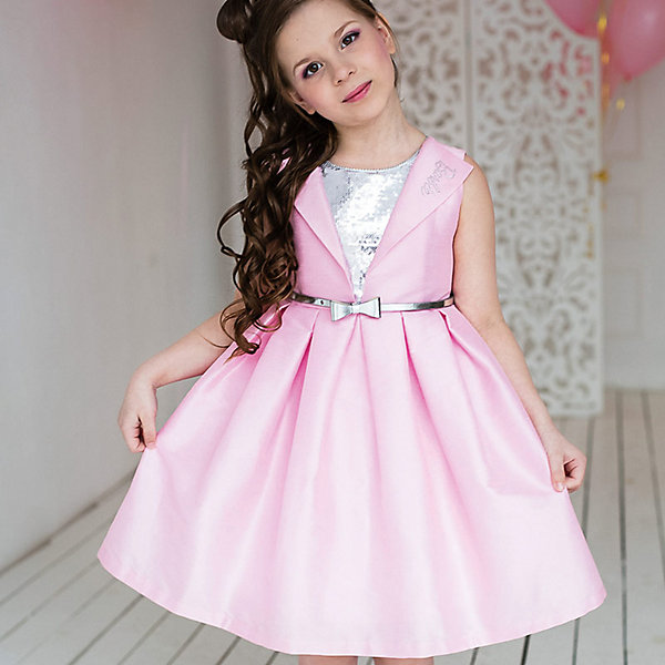 Платье нарядное Barbie™ для девочкиОдежда<br>Характеристики товара:<br><br>• цвет: розовый;<br>• состав: 100% полиэстер;<br>• подкладка: 65% полиэстер, 35% хлопок;<br>• сезон: круглый год;<br>• особенности: нарядное, на подкладке;<br>• страна бренда: США;<br>• страна бренда: Россия;<br><br>Нарядное платье для девочки. Стильное платье для вечеринок в стиле Barbie™. Платье выполнено из ткани, имитирующей натуральный шелк. Оригинальный дизайн лифа с блестящей вставкой из пайеток и пышная юбка в складку придают платью кокетства. <br>Изысканная маленькая аппликация Barbie из страз высокого качества на отвороте лифа.  Серебристый ремень входит в комплект.<br><br>Нарядное платье Barbie (Барби) можно купить в нашем интернет-магазине.<br>Ширина мм: 236; Глубина мм: 16; Высота мм: 184; Вес г: 177; Цвет: розовый/белый; Возраст от месяцев: 24; Возраст до месяцев: 36; Пол: Женский; Возраст: Детский; Размер: 98,128,122,116,110,104; SKU: 7309376;
